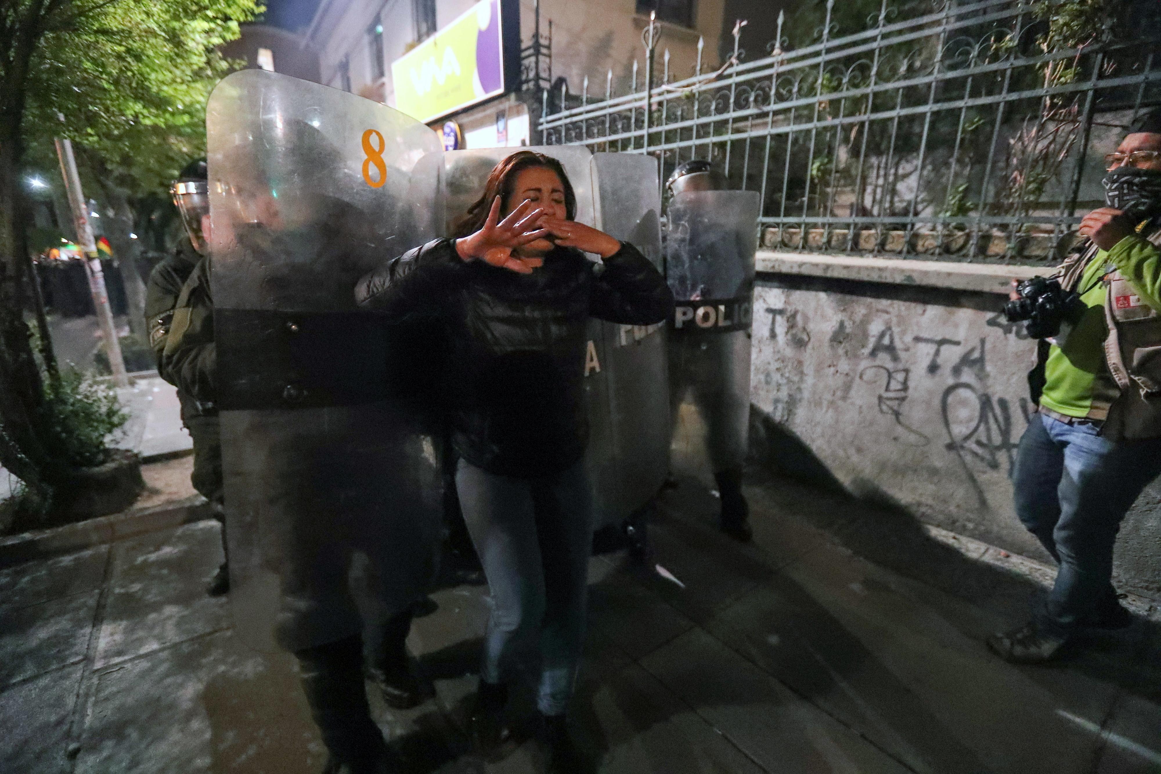 Confrontos na Bolívia após divulgação de dados provisórios que dão vitória a Morales