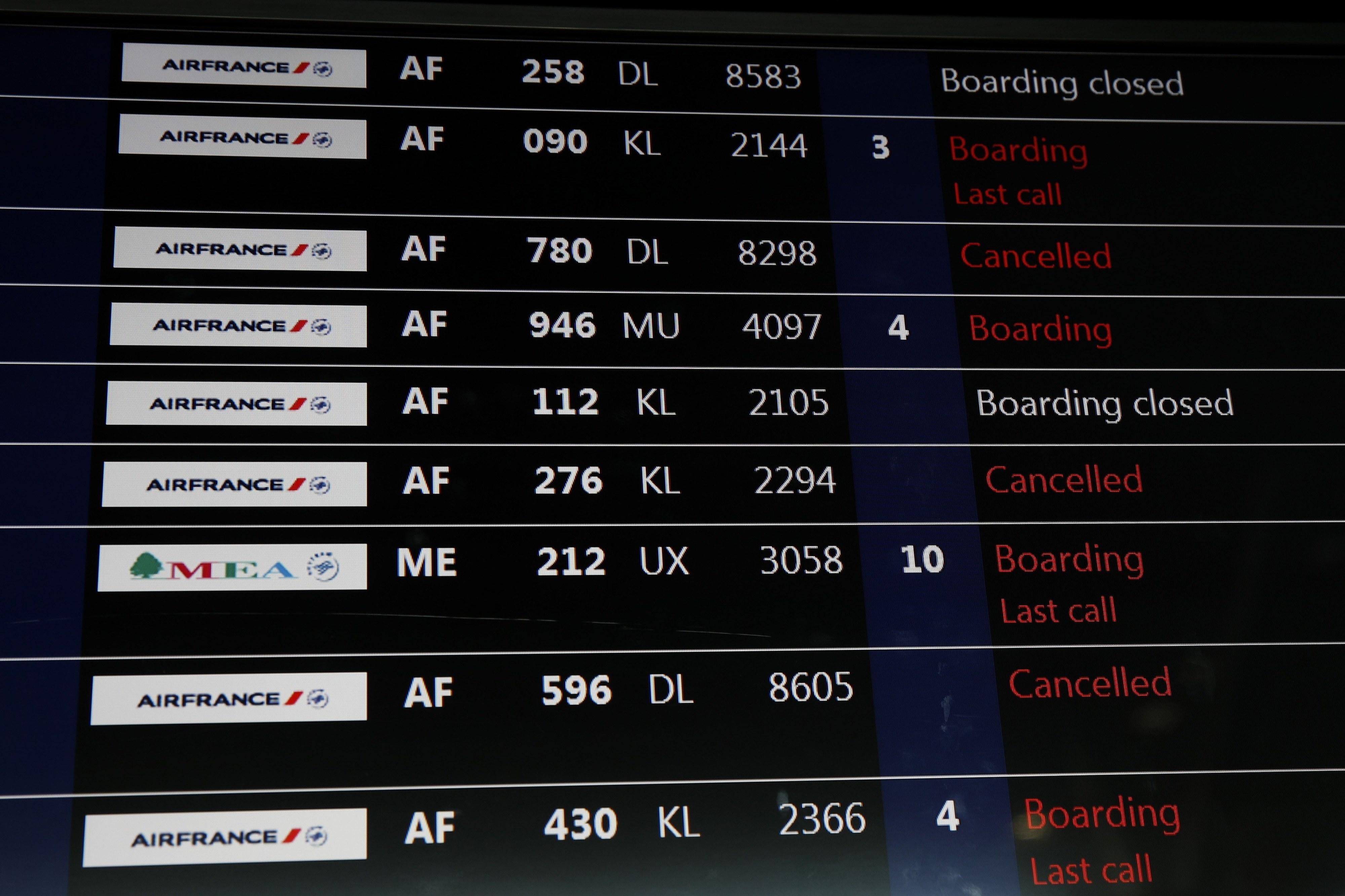 Air France cancela 25% dos voos de sexta-feira devido a greve