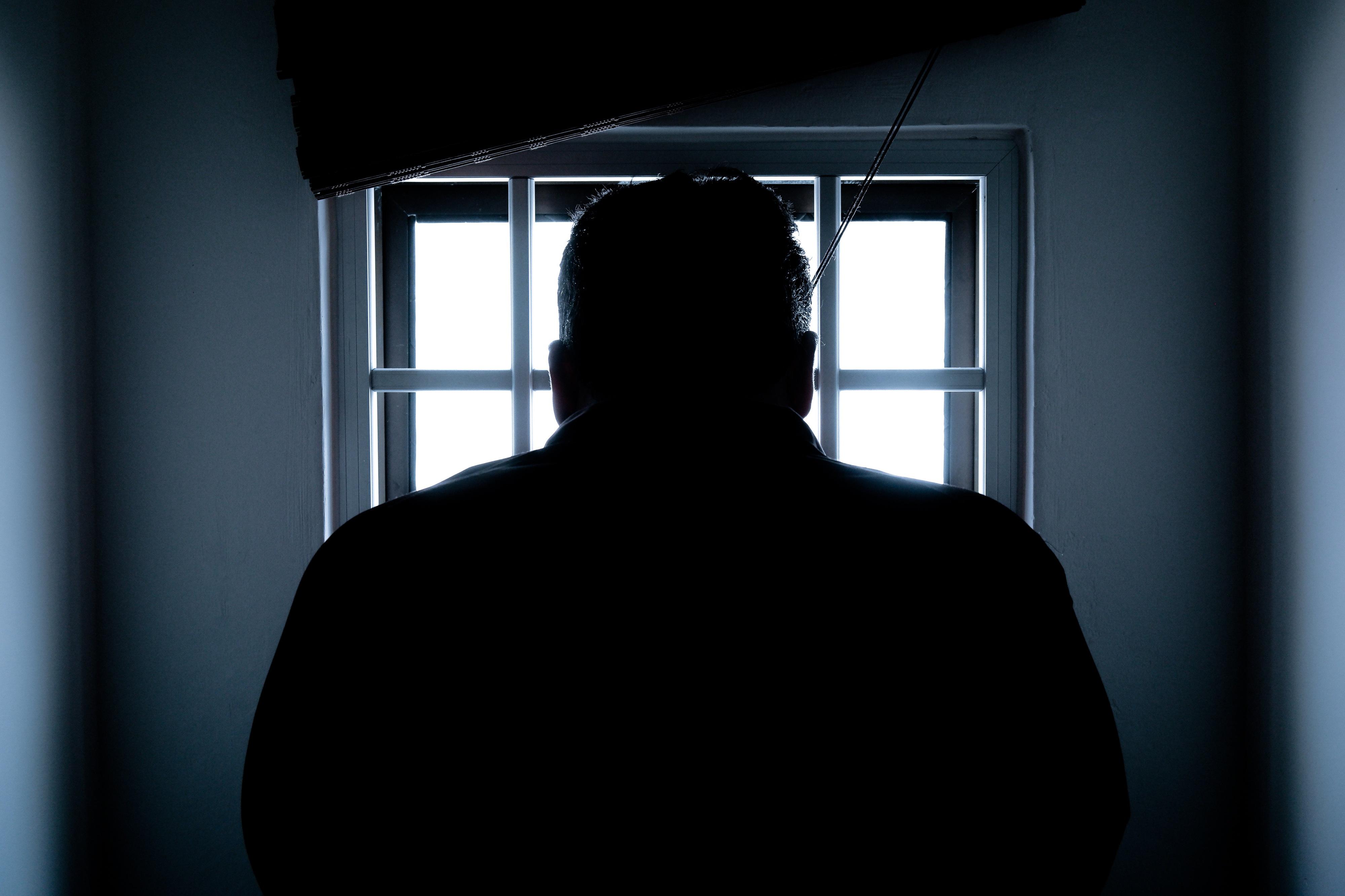 Homem privado de água morreu desidratado numa prisão dos Estados Unidos