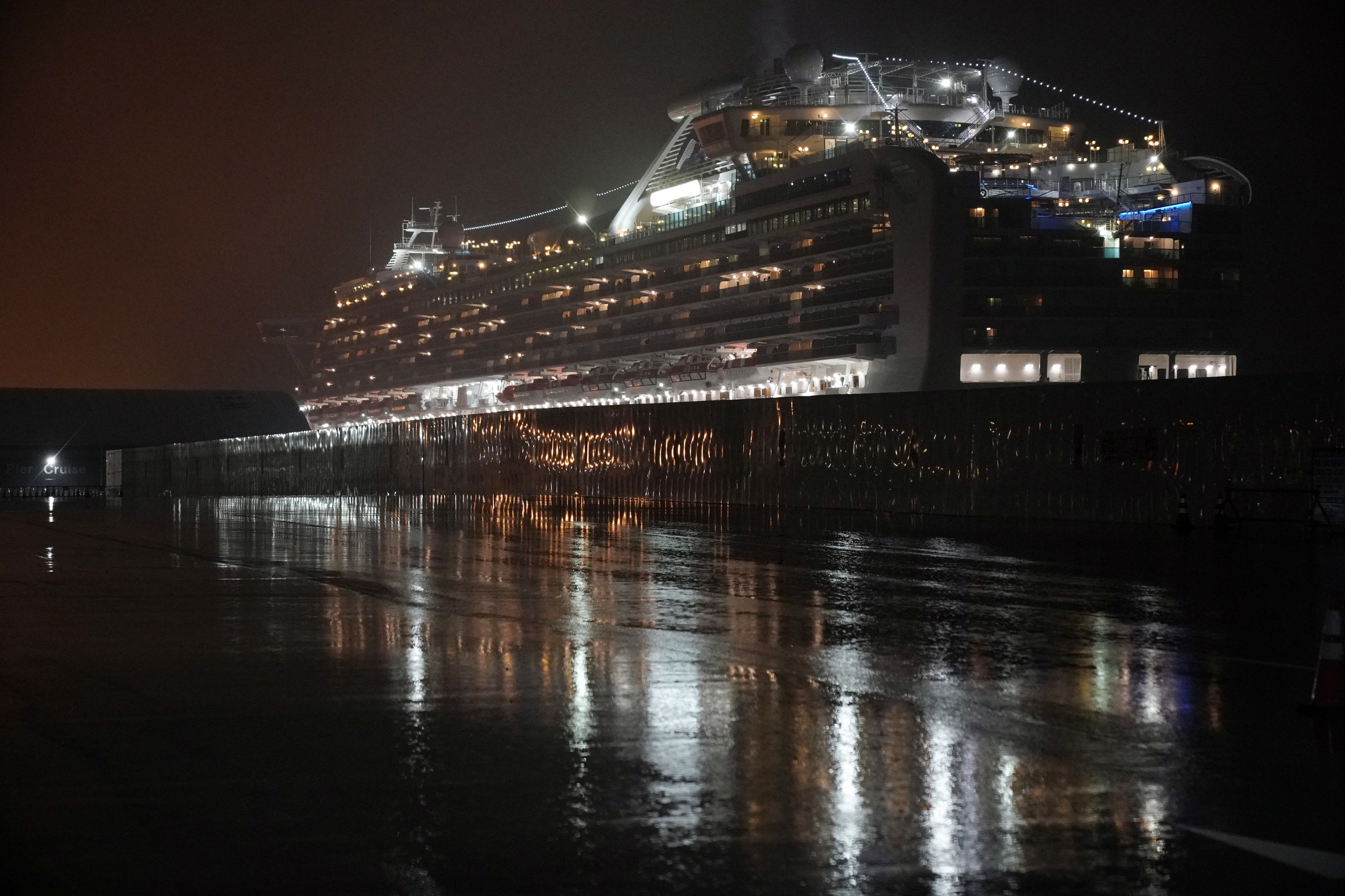 Mais 99 casos confirmados de Covid-19 no cruzeiro Diamond Princess