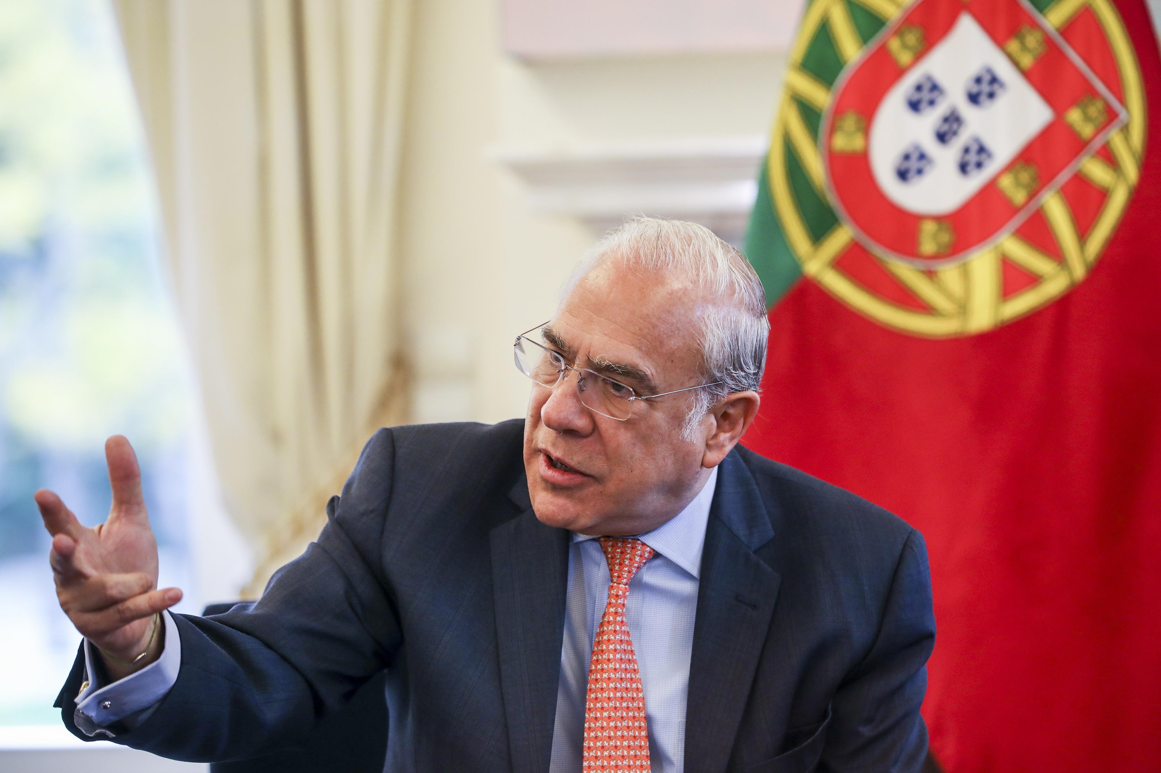 Governo português é quase exceção na Europa, afirma Angel Gurría