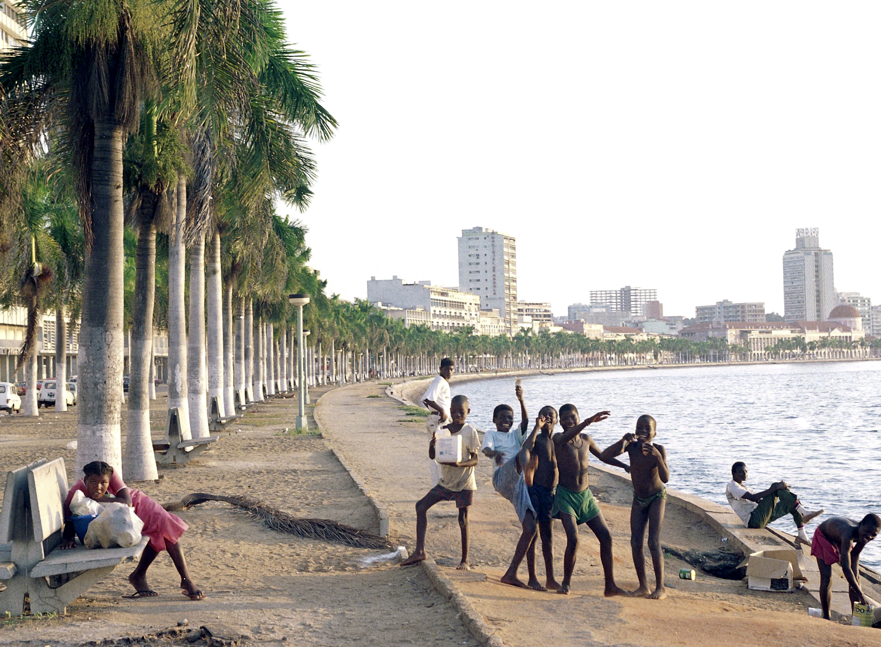 Segunda fase de construção da Marginal de Luanda custa mais de 123 ME
