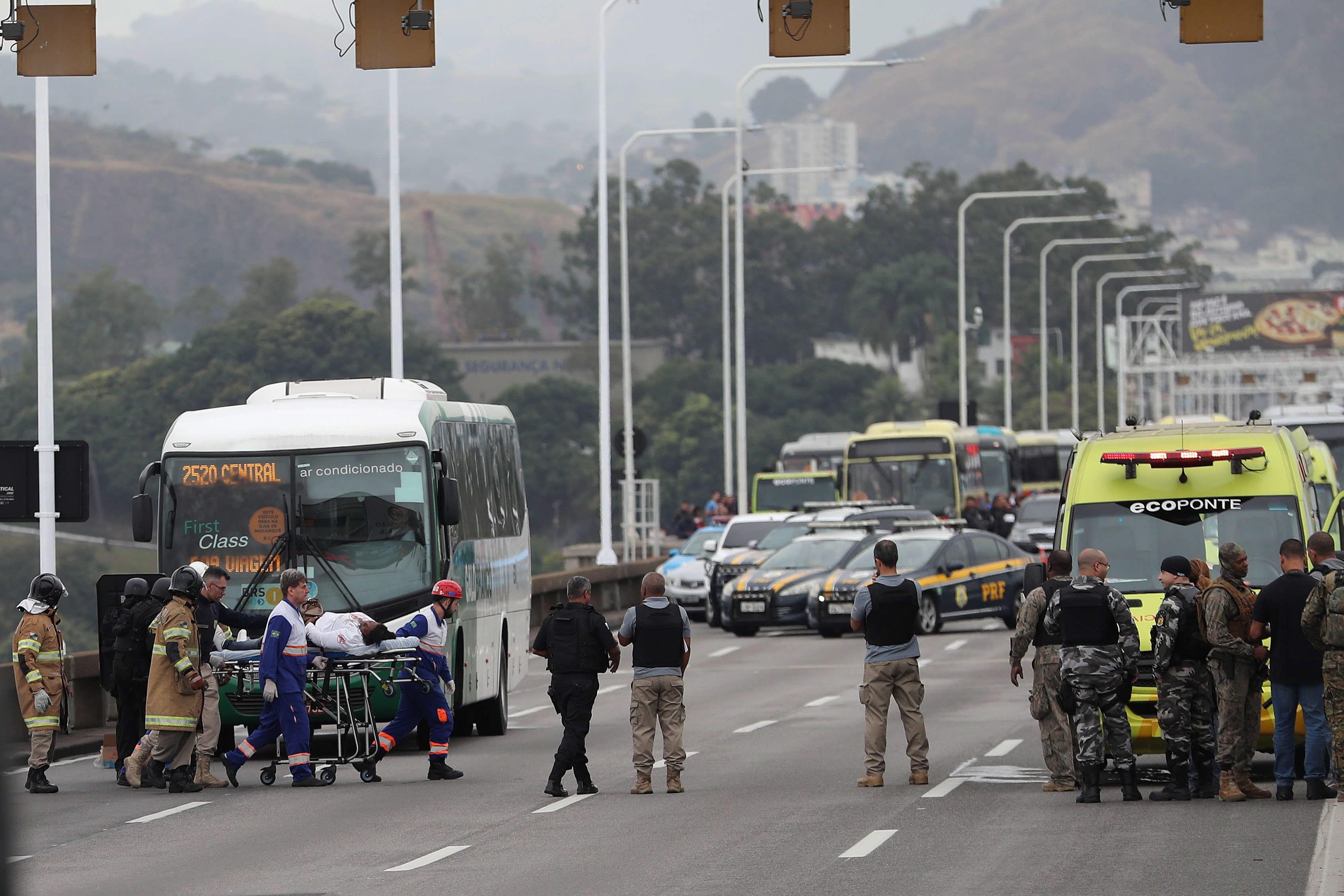 Homem mata sem-abrigo que lhe pediu esmola no Brasil