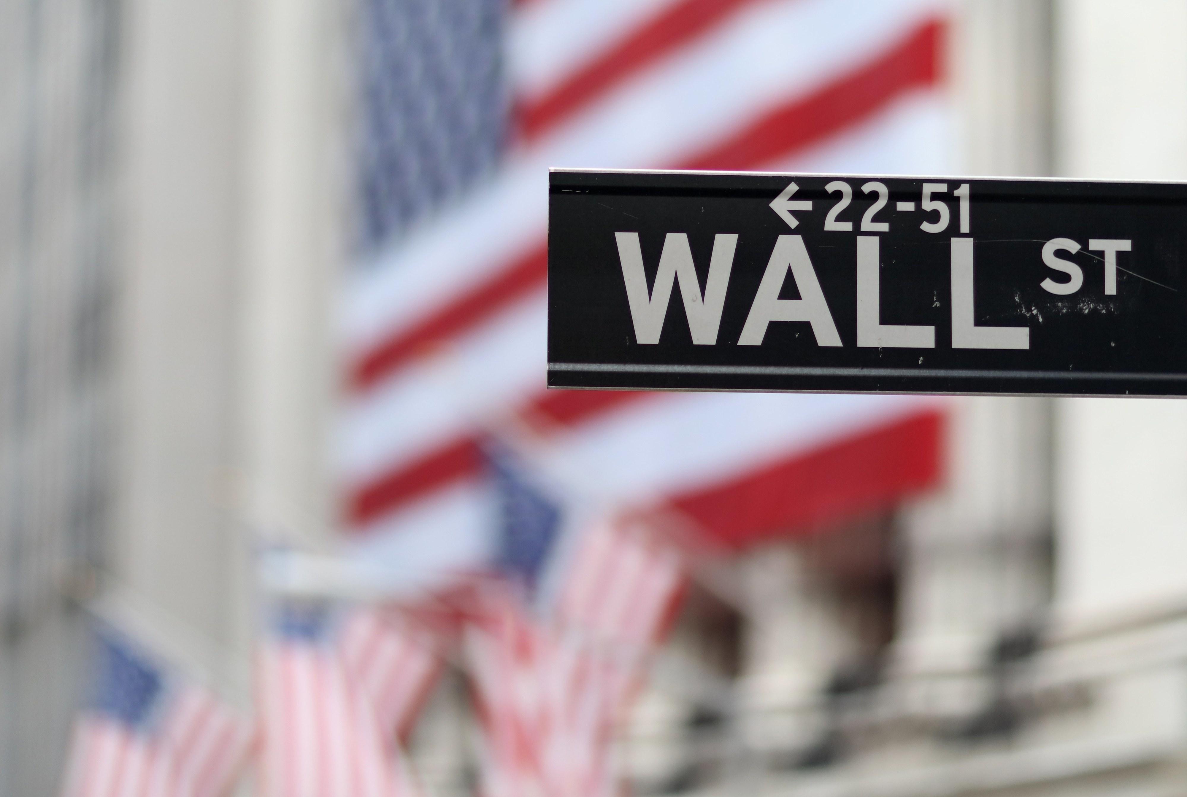 Wall Street fecha em alta graças a otimismo quanto a resolução do conflito EUA-China