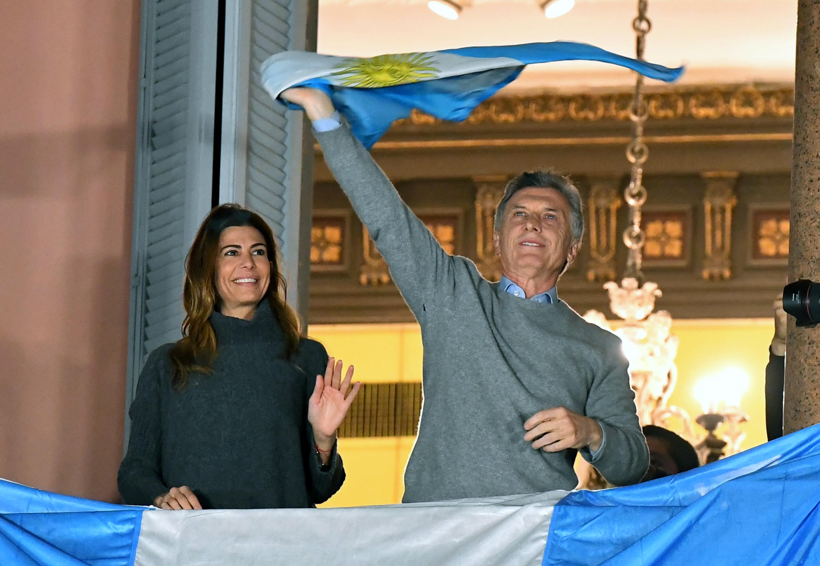 Milhares na Argentina marcham para apoiar Governo de Macri e contra regresso de Kirchner