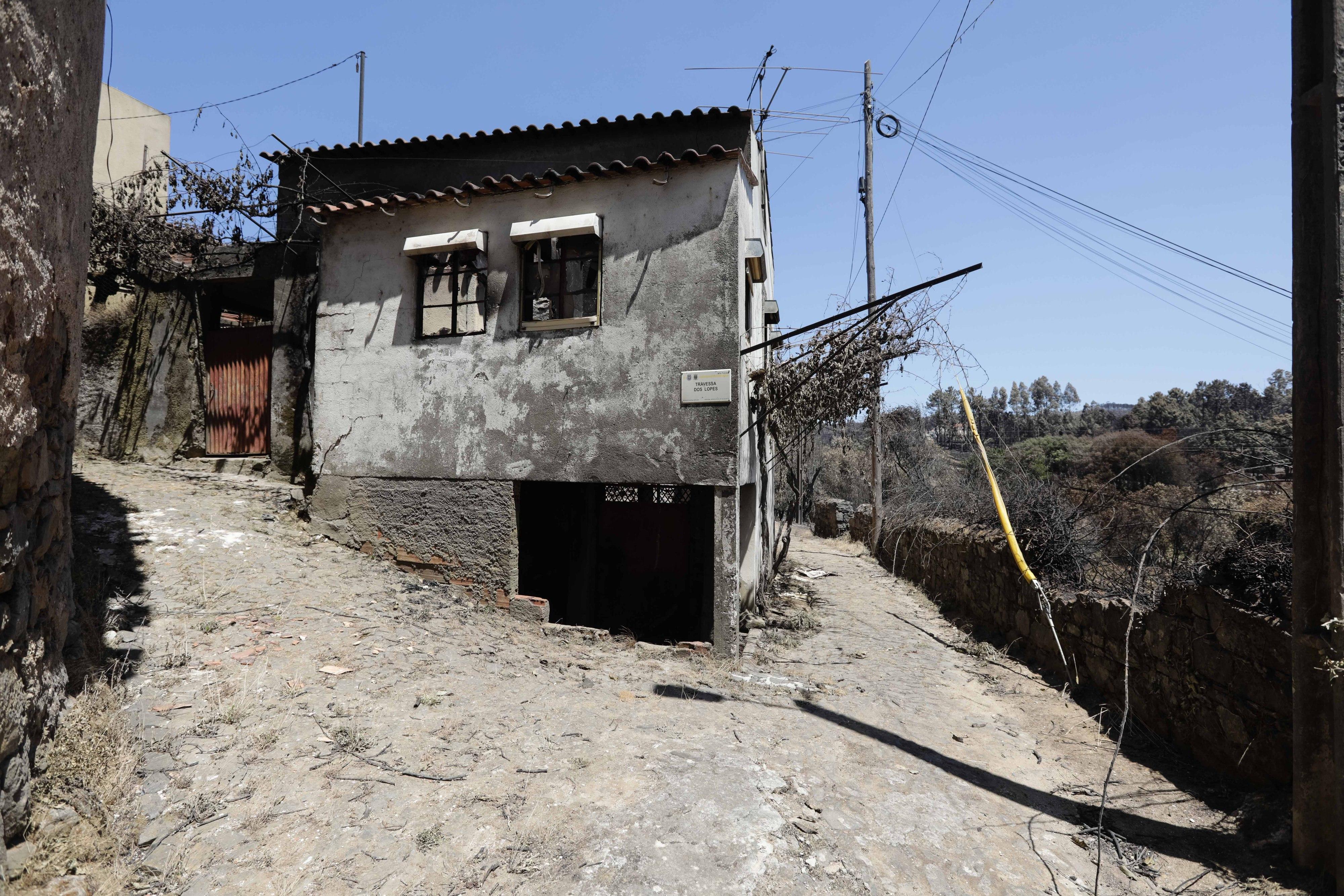Sessenta e três habitações profundamente afetadas - Governo