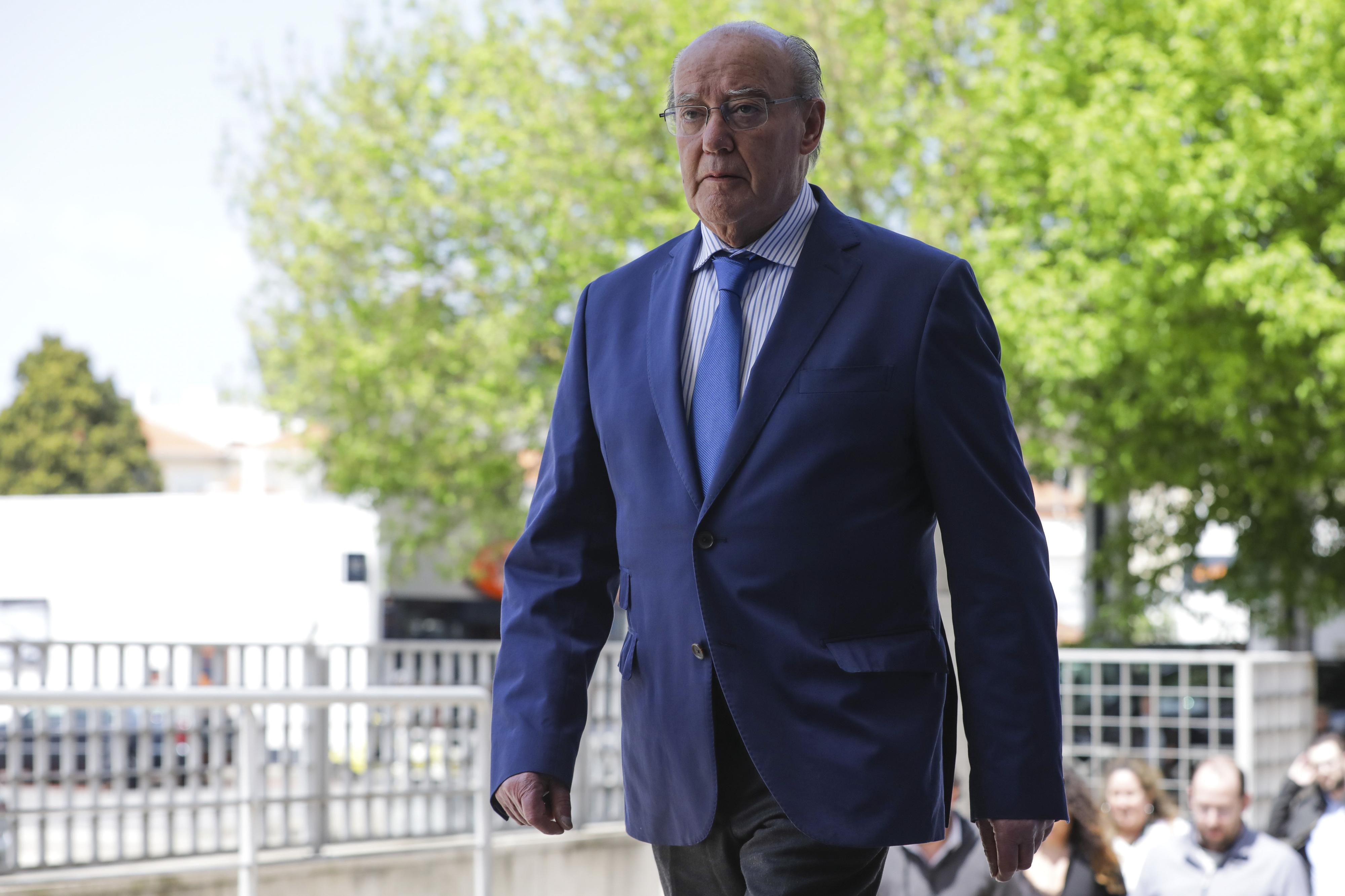 Pinto da Costa diz que FC Porto não está a negociar saídas