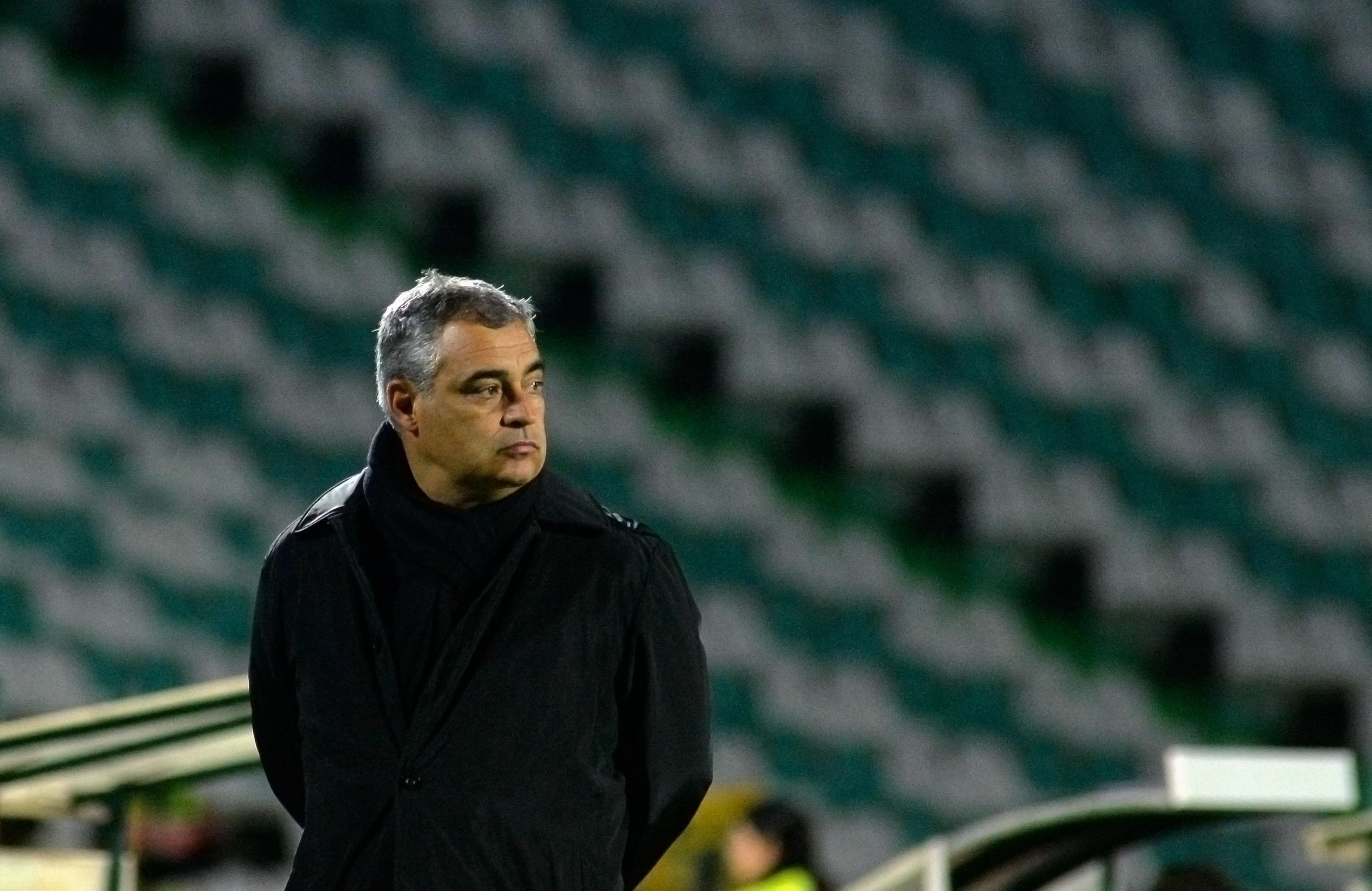 """José Couceiro quer surpreender Sporting """"mais forte e confiante desta época"""""""