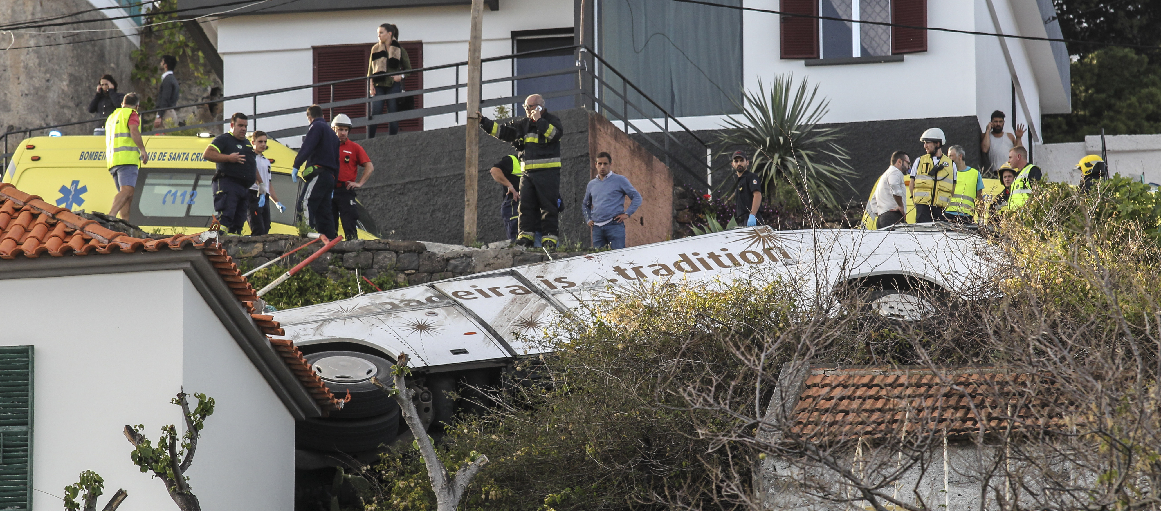 Um dos feridos do acidente na Madeira já está na Alemanha e mais 12 vão no sábado