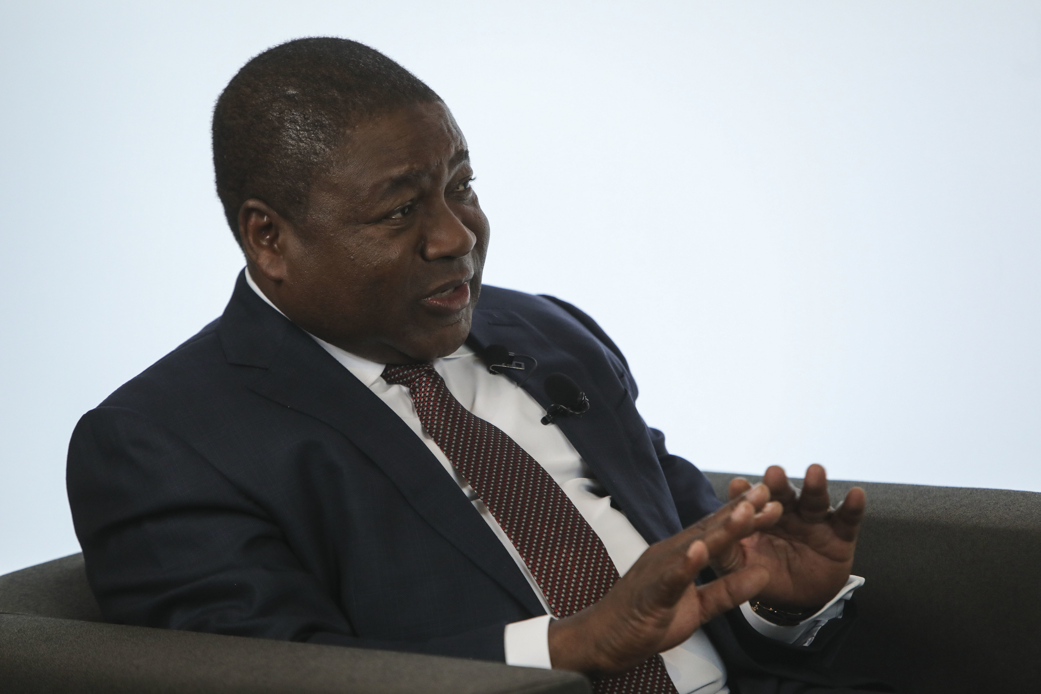 Presidente moçambicano diz que falsos empresários financiam ataques em Cabo Delgado