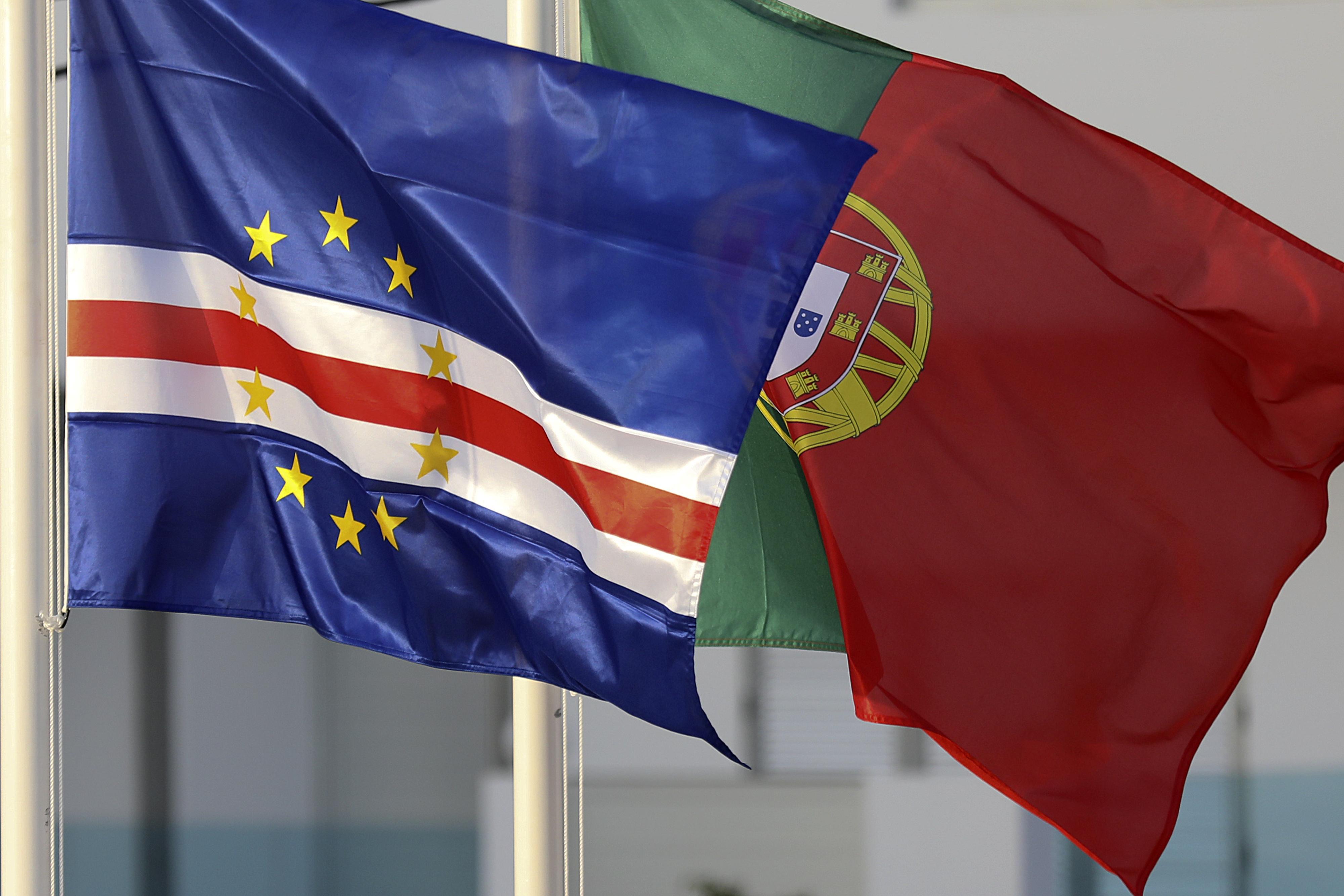 Portugal e Cabo Verde propõem fórmulas para livre circulação no espaço da CPLP -- Secretária executiva