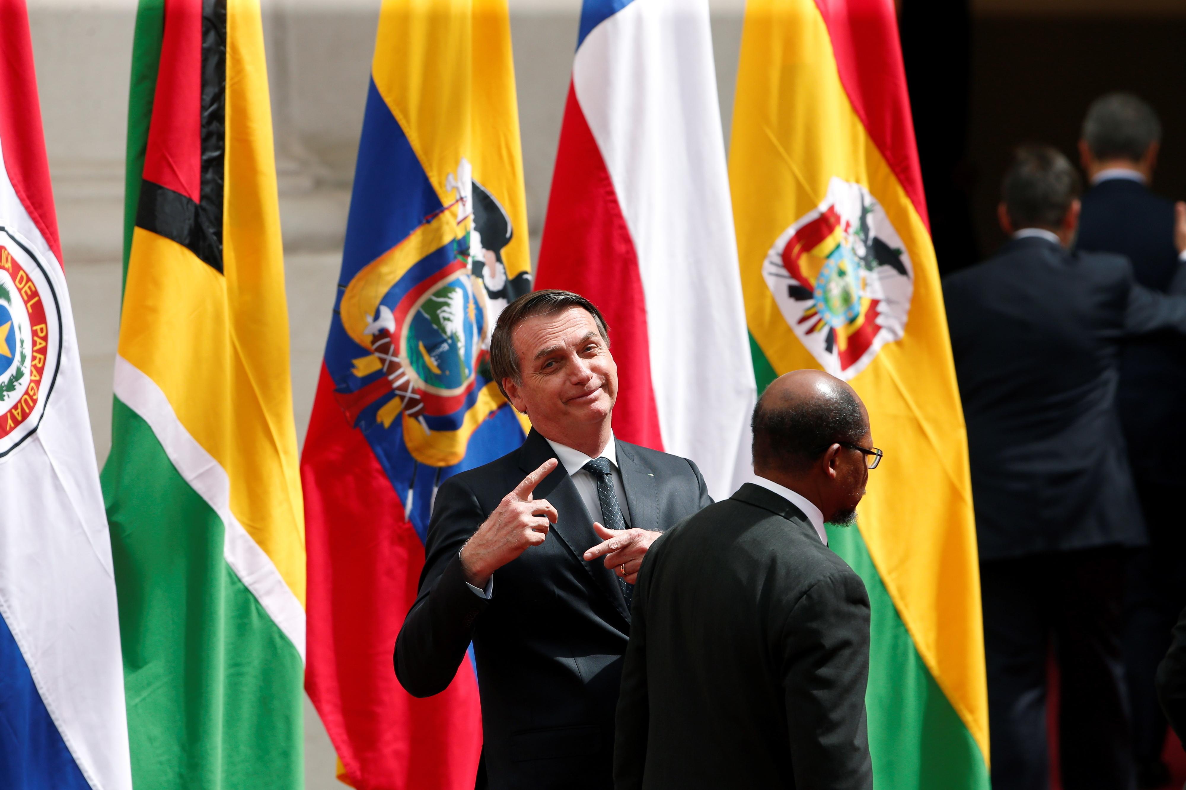 Bolsonaro gera uma série de protestos durante visita ao Chile