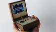 Imagem Game Boy foi transformado numa consola dos anos 70