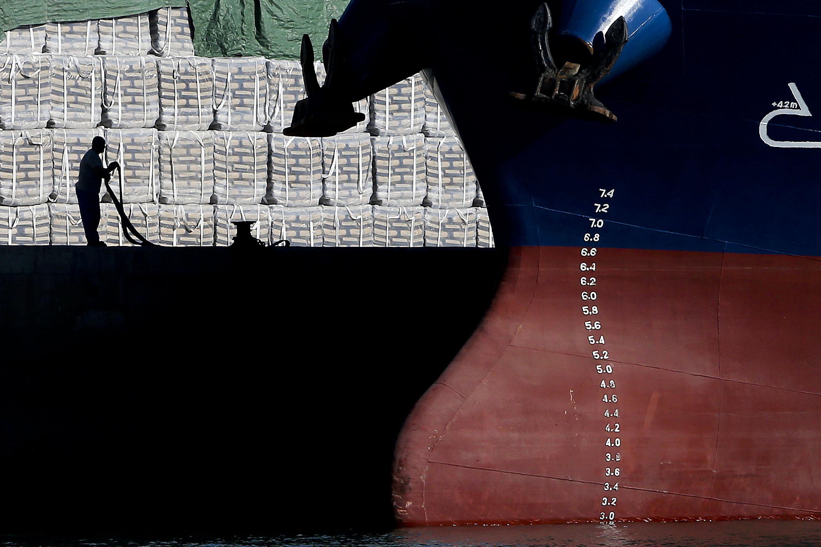 Cabo Verde importou mais barato e exportou mais caro em julho -- INE