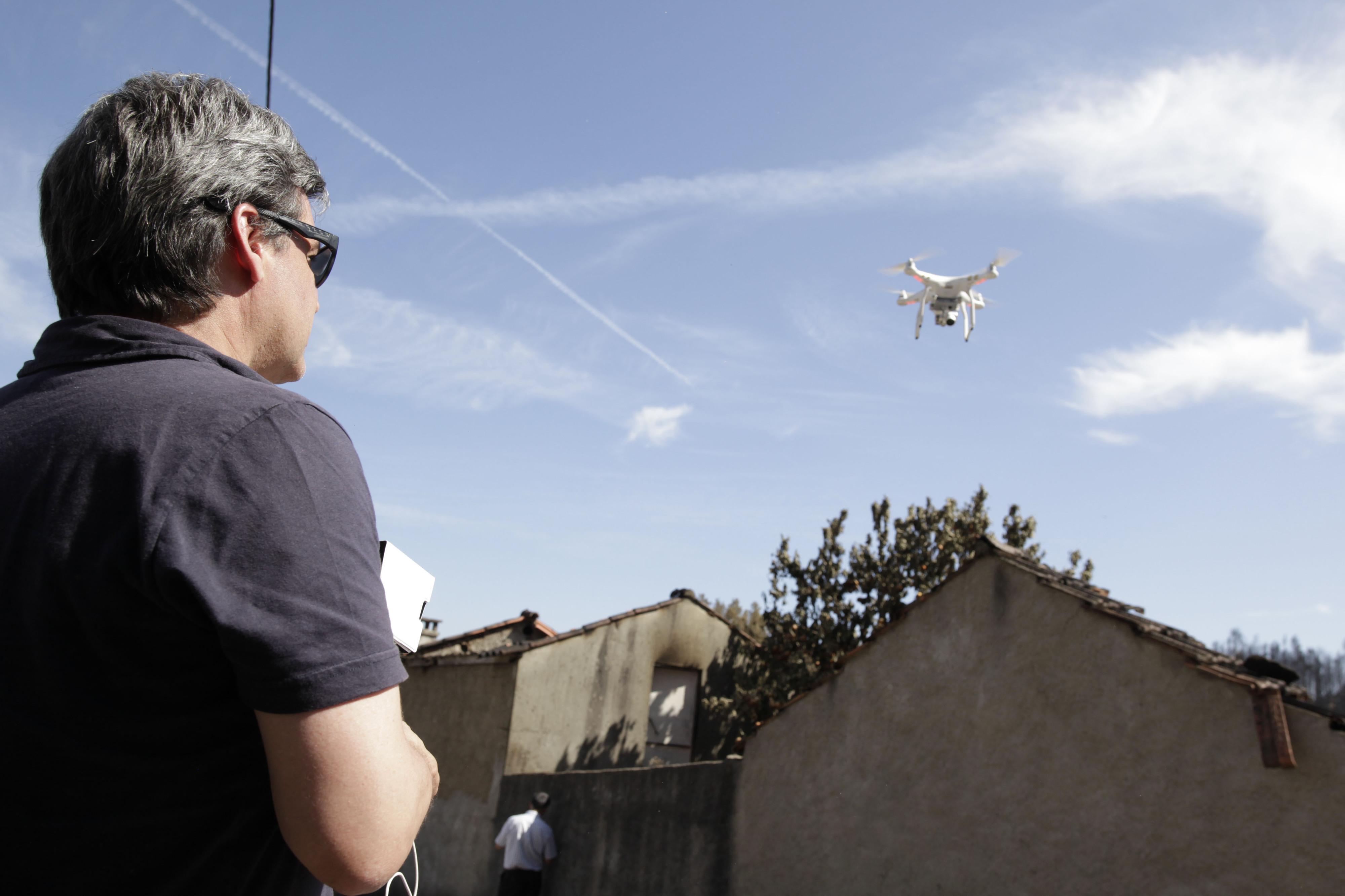 Drones mais perigosos para aeronaves do que aves, pilotos falam de potencial catastrófico