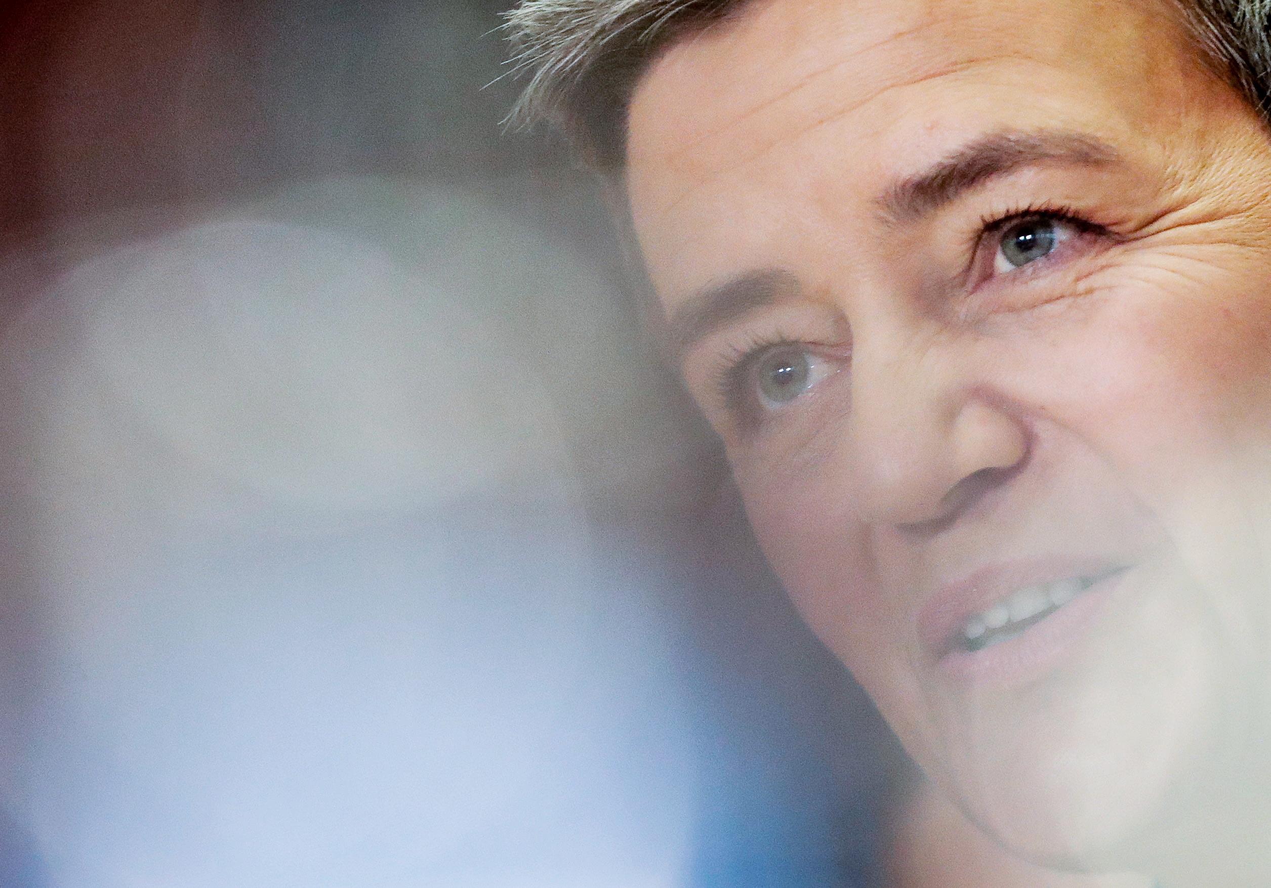 Vestager defende que moeda do Facebook não pode funcionar à margem da lei