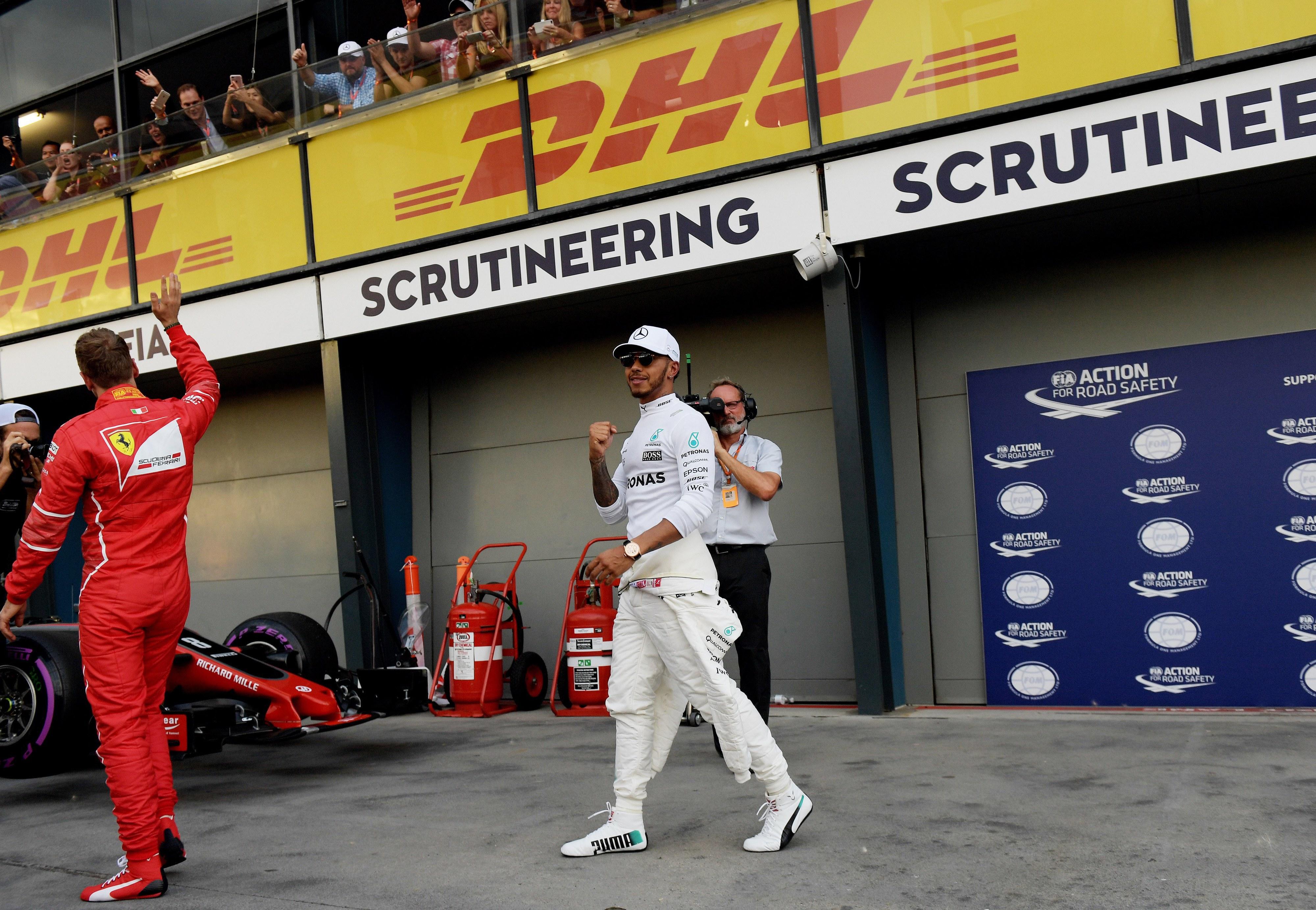 Hamilton conquista 'pole position' para o Grande Prémio da Austrália