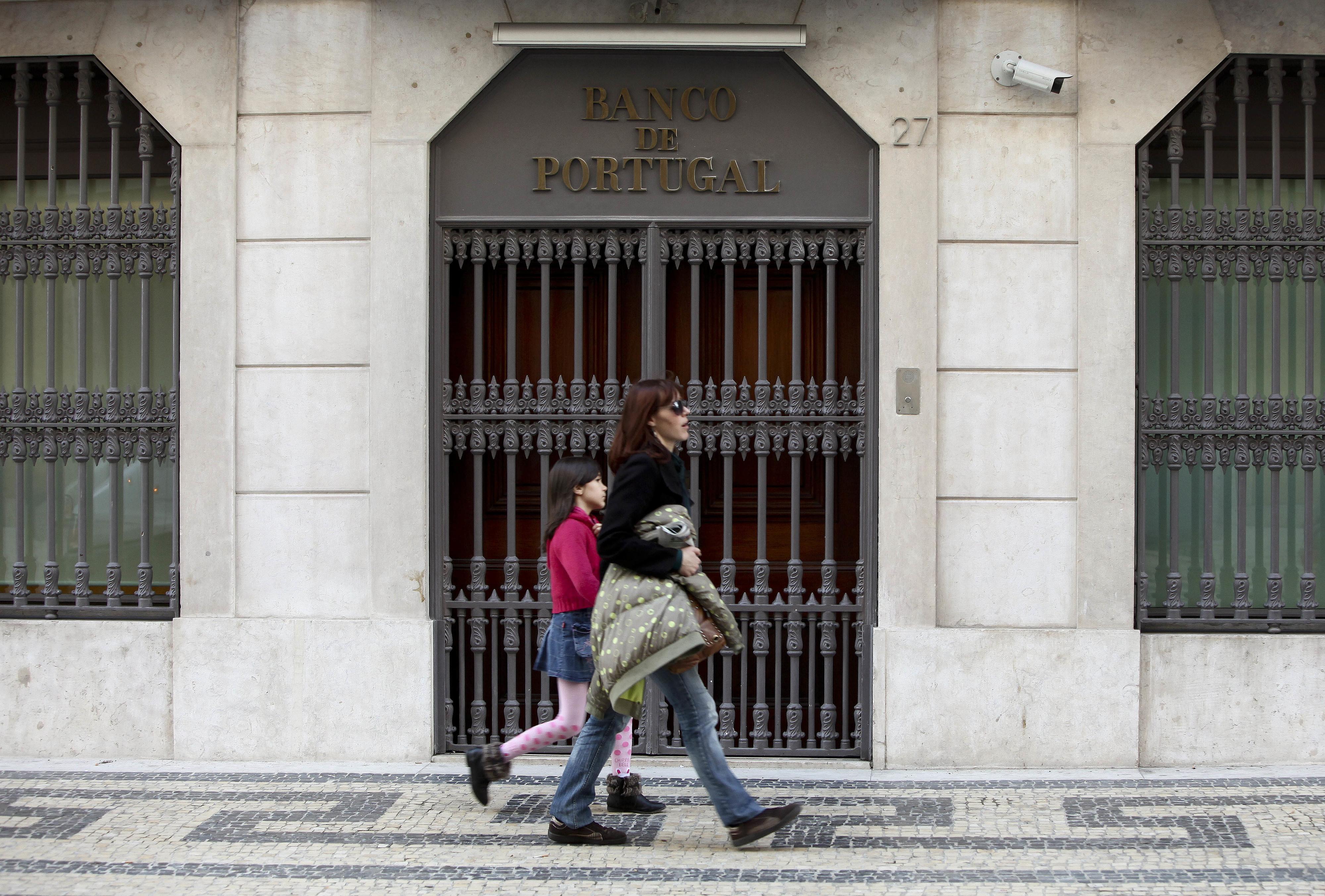 Banco de Portugal recusa que bancos cobrem comissões variáveis sobre depósitos a grandes empresas