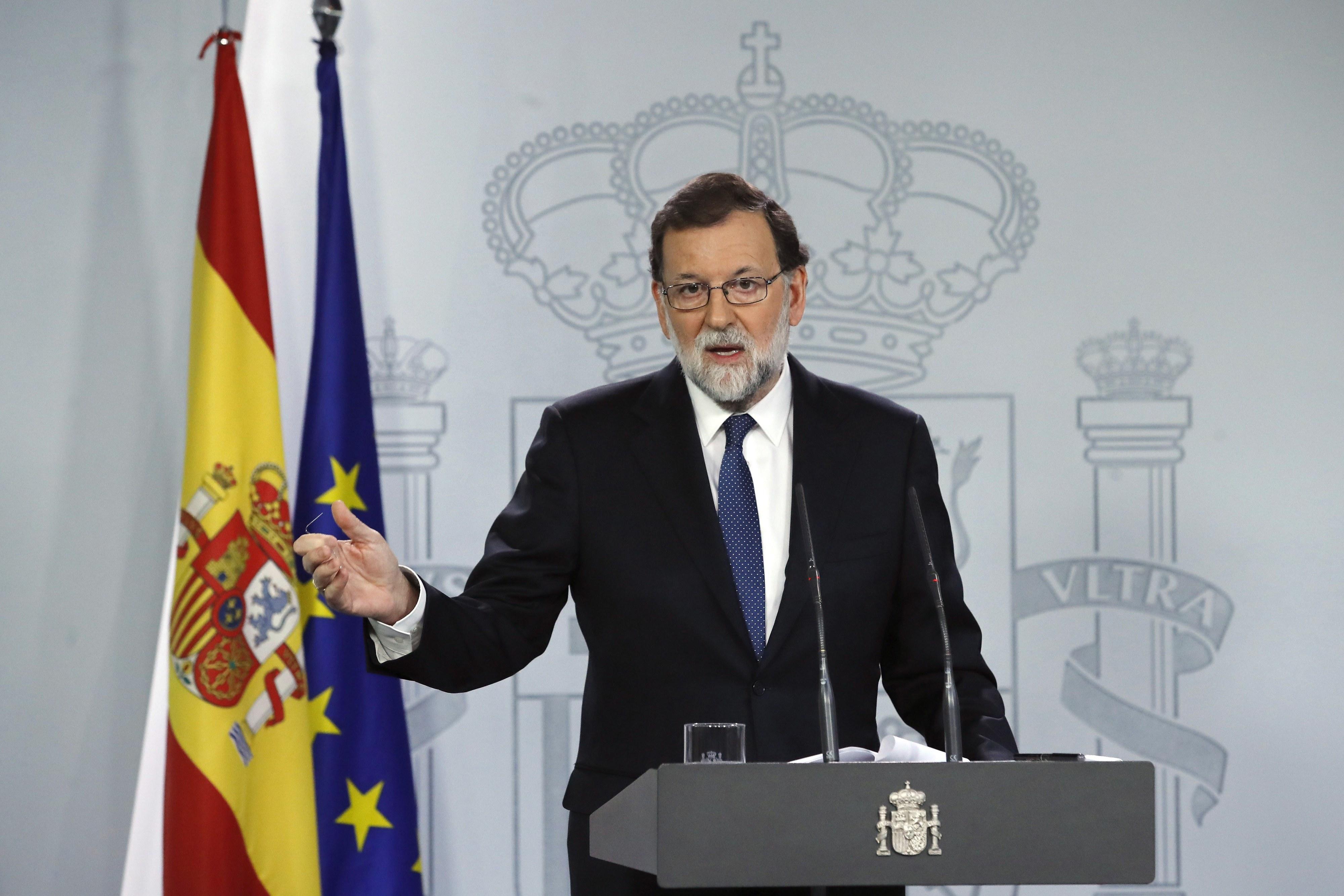 Rajoy pede a empresas que deixem de sair da Catalunha