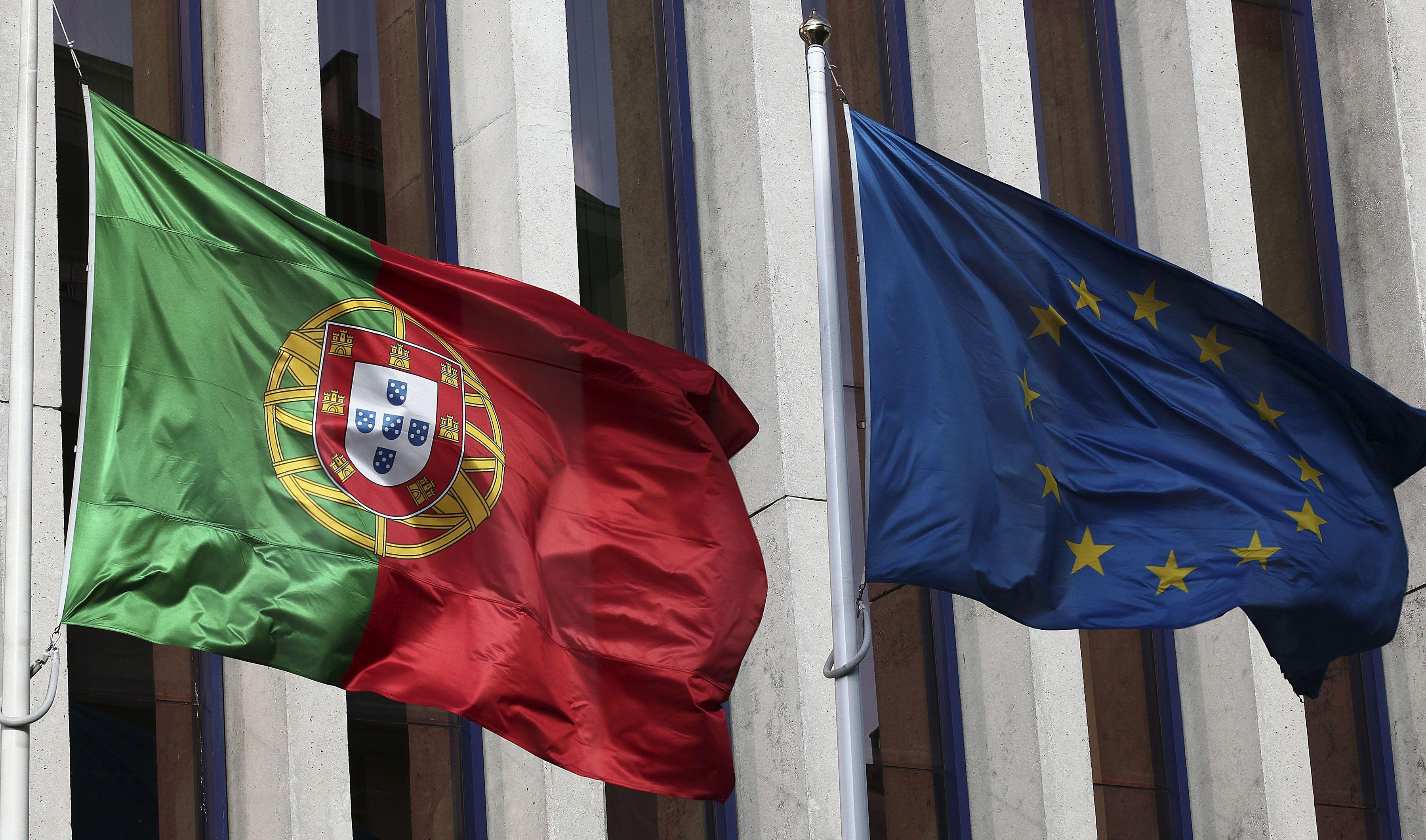 Dívida pública com forte recuo em Portugal mas ainda a 3.ª maior na UE no 2.º trimestre
