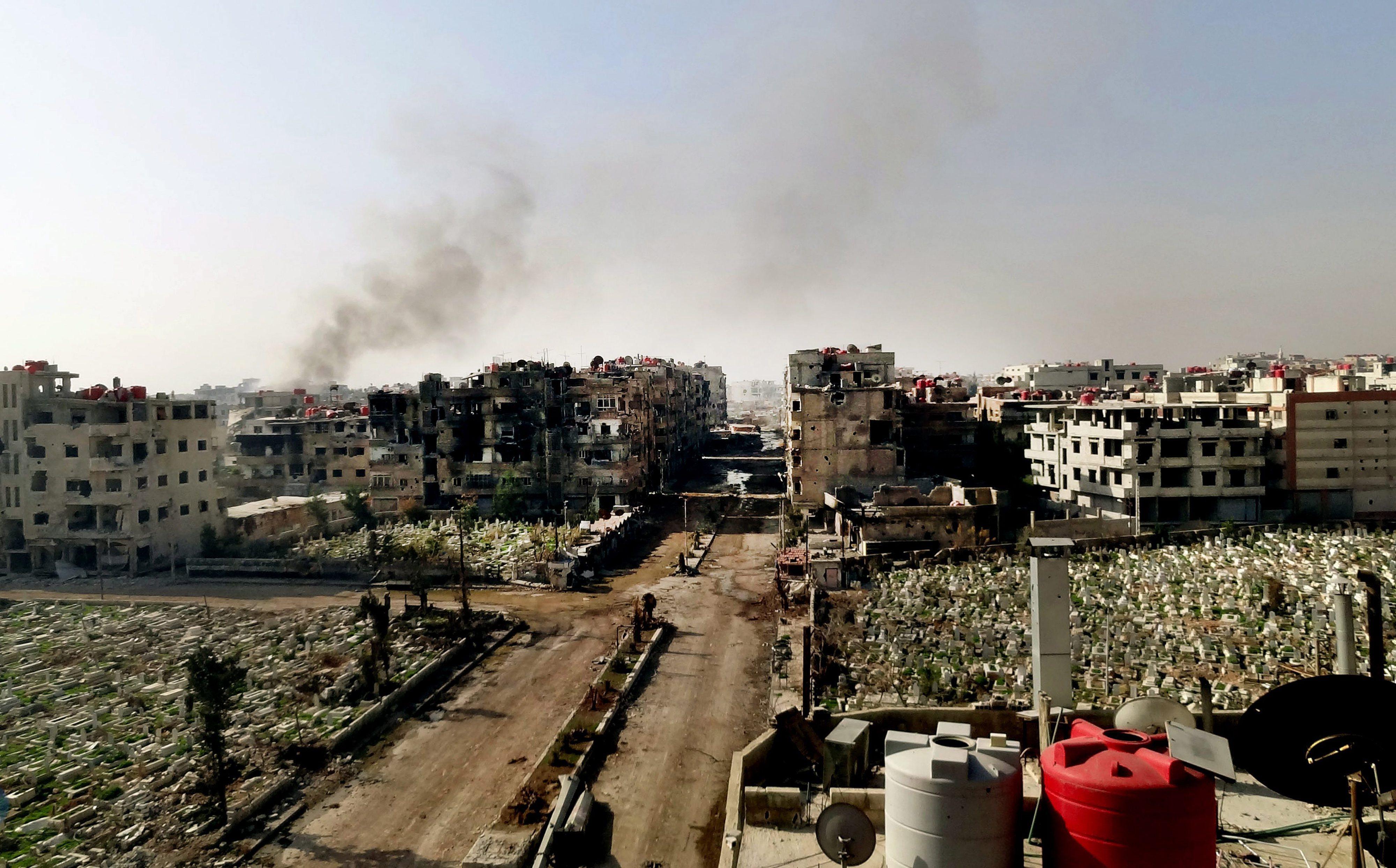 Primeira coluna do Crescente Vermelho entra na cidade rebelde de Daraya, na Síria