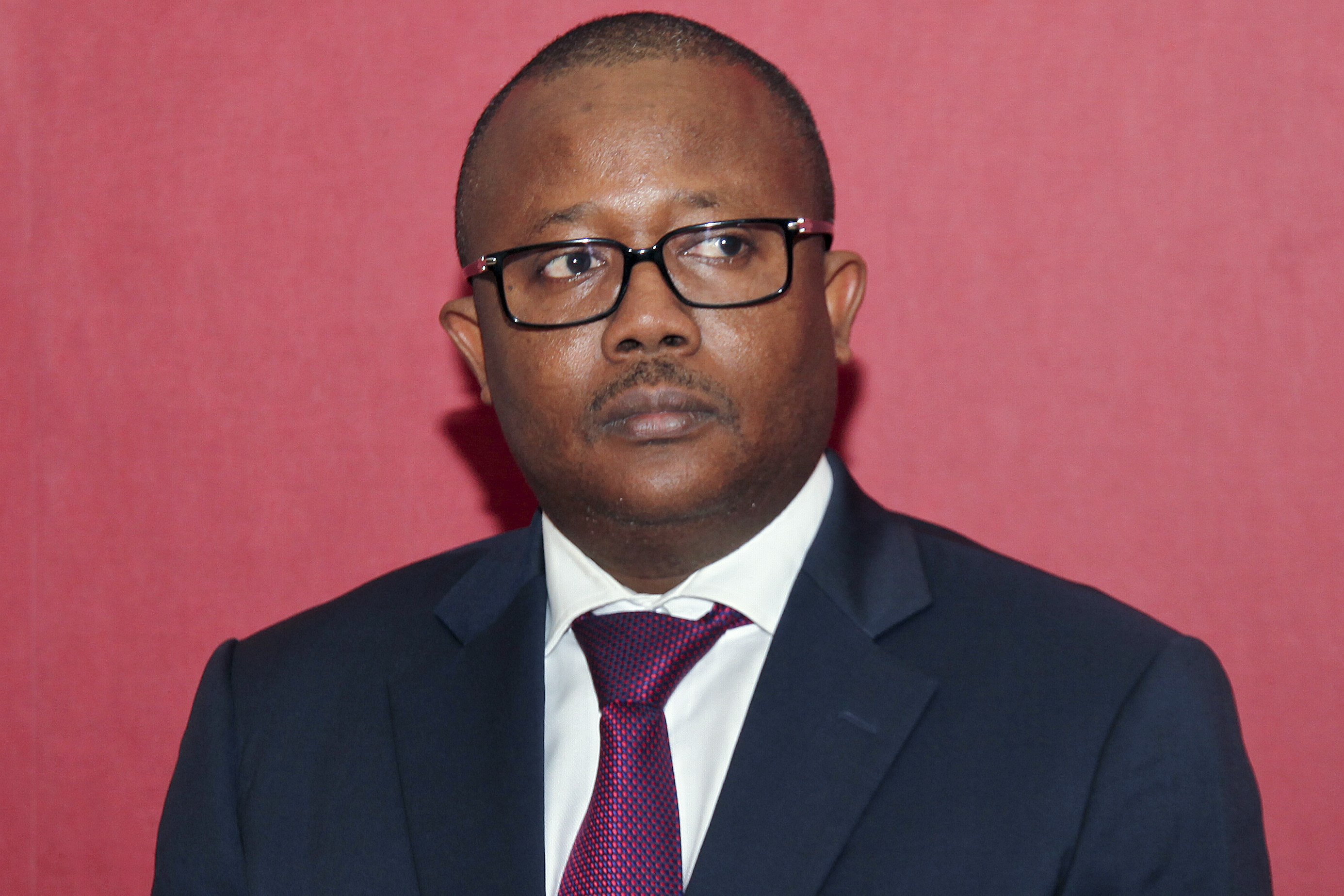 """PM guineense afirma que relação com Portugal está """"muito bem e continuará"""""""