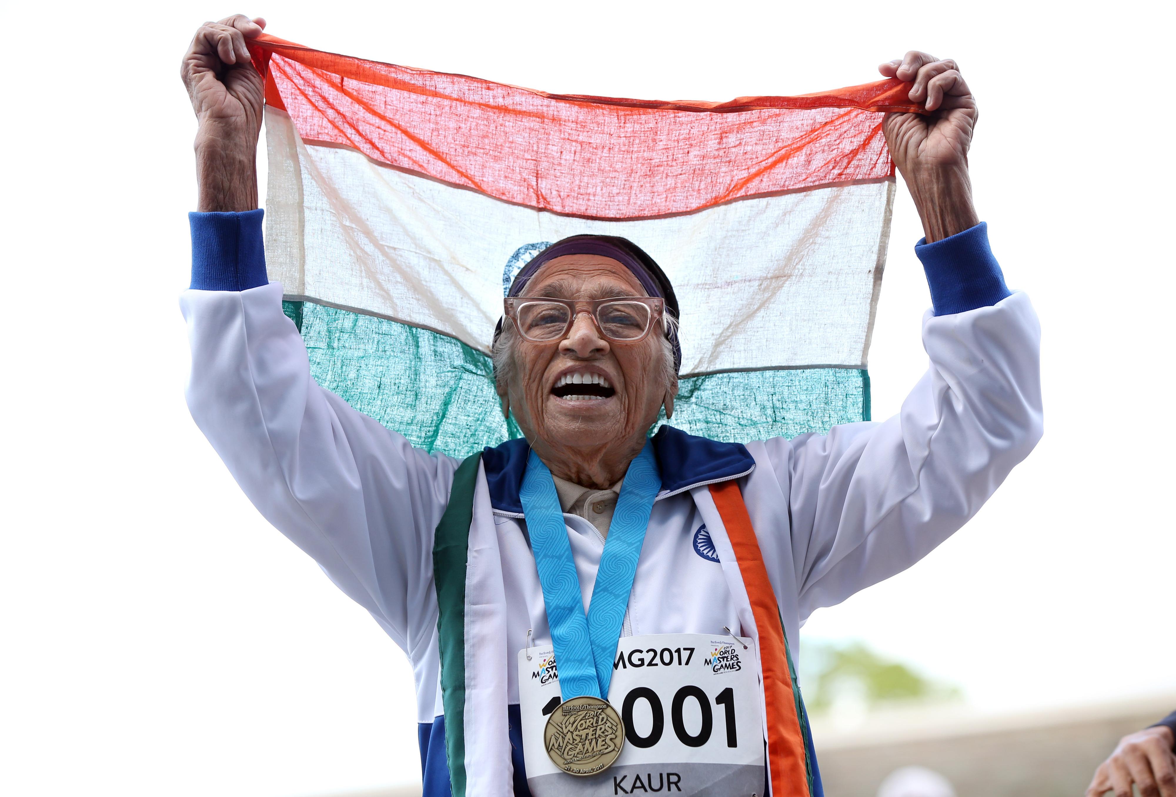 Atleta de 101 anos conquista medalha de ouro no campeonato do mundo