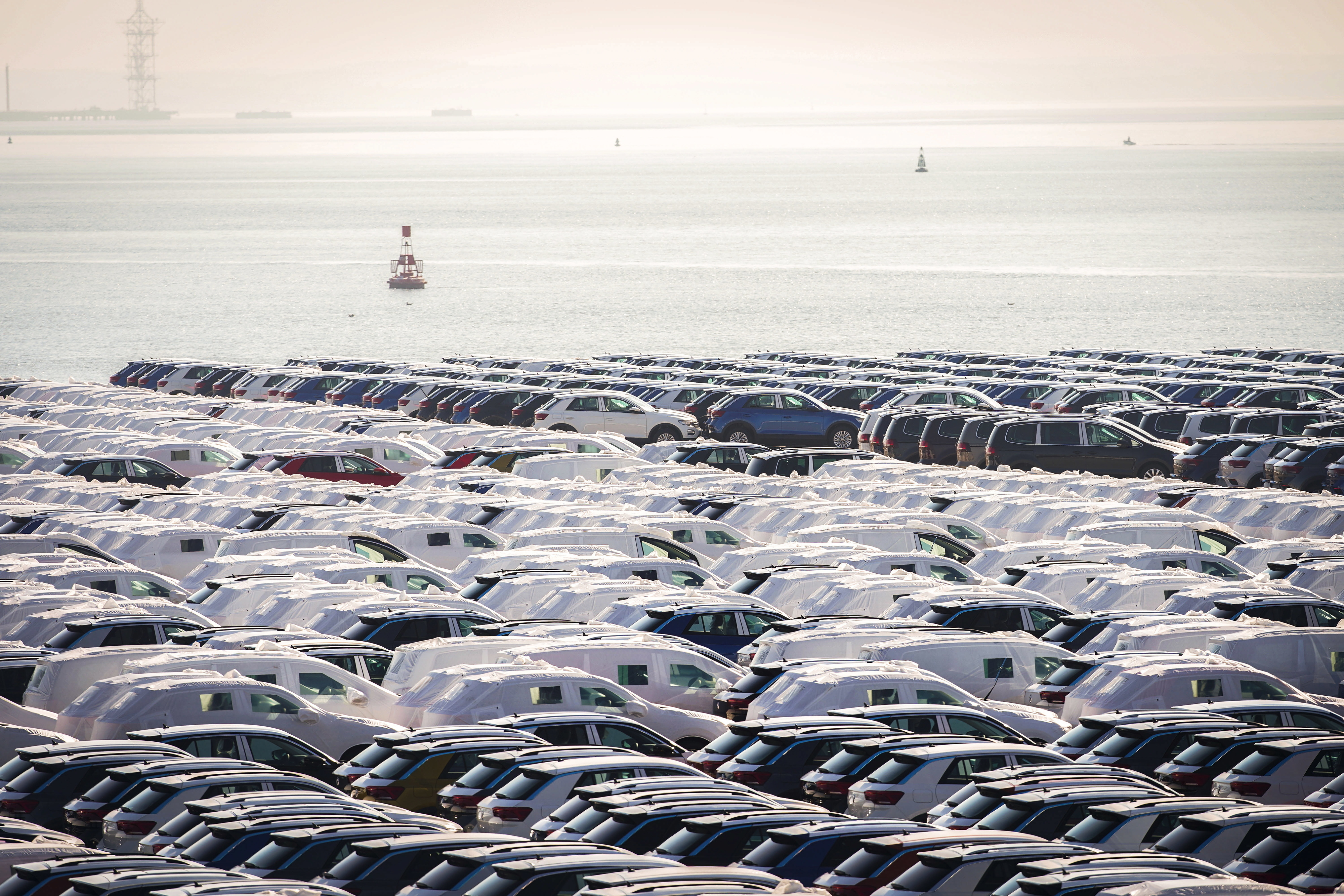"""Autoeuropa confirma embarque no porto de Setúbal com """"garantia"""" do Governo"""