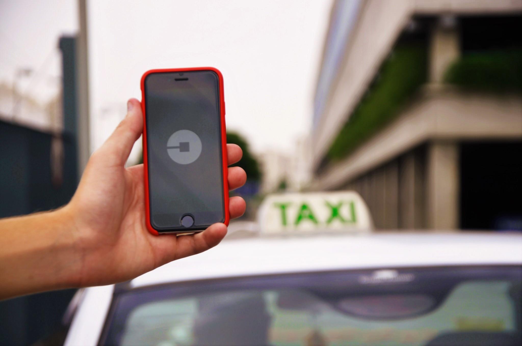Uber e Cabify legalizadas até ao fim do ano. Legislação já está finalizada