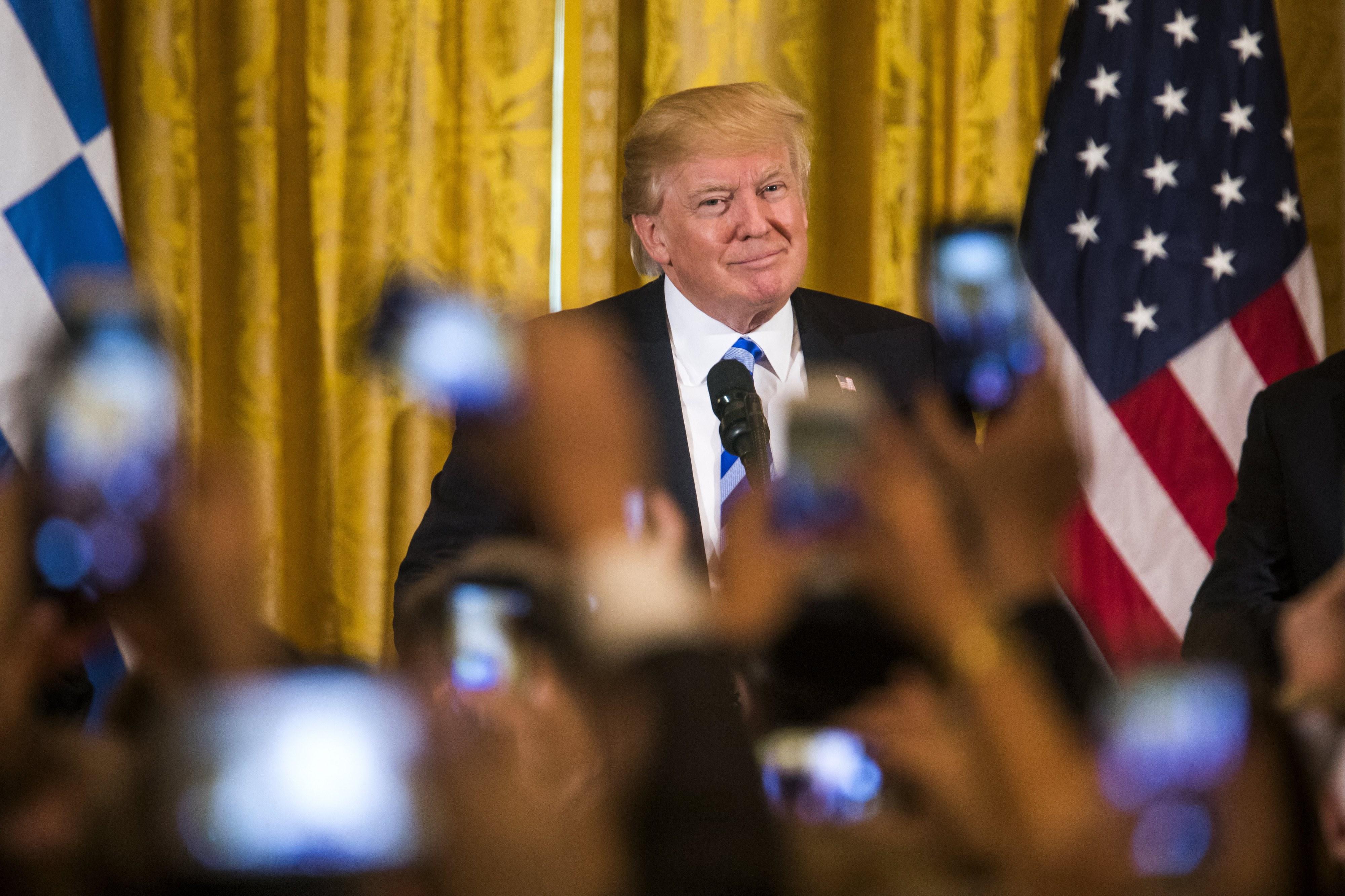 Trump diz que novo Obamacare esteve perto de aprovação, agora segue para fiscalidade