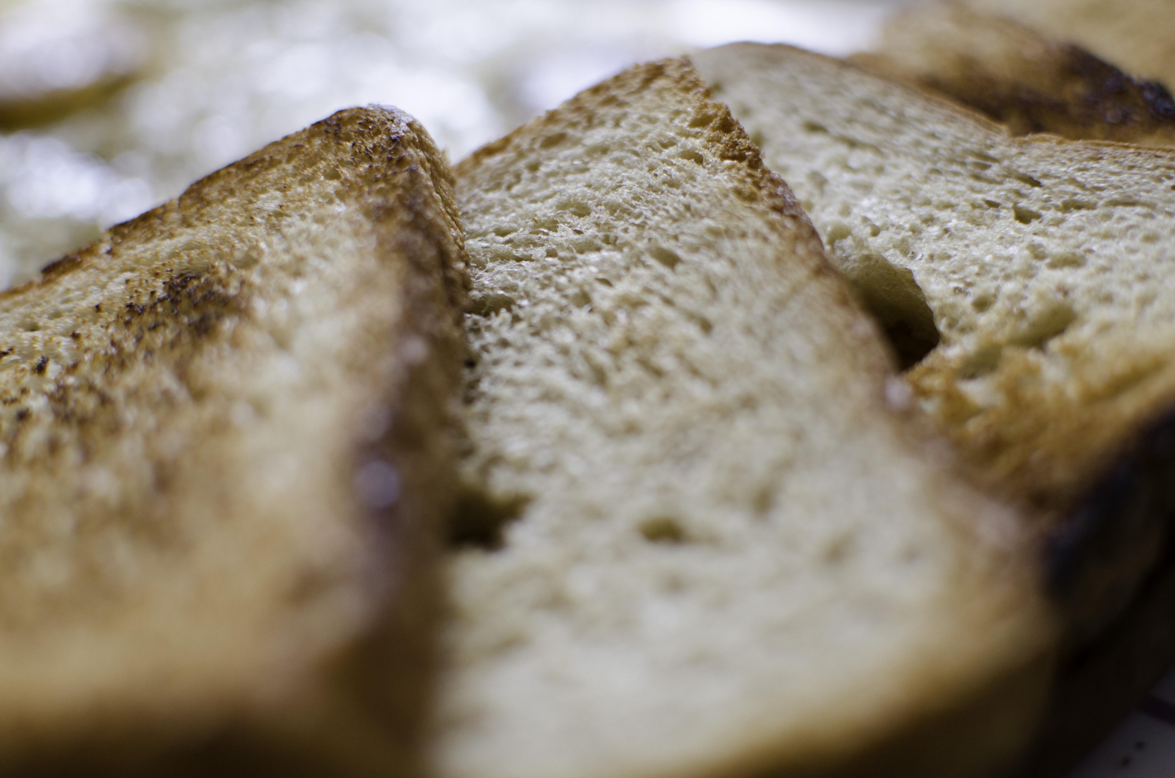 Torradas queimadas ou batatas muito cozidas podem provocar cancro