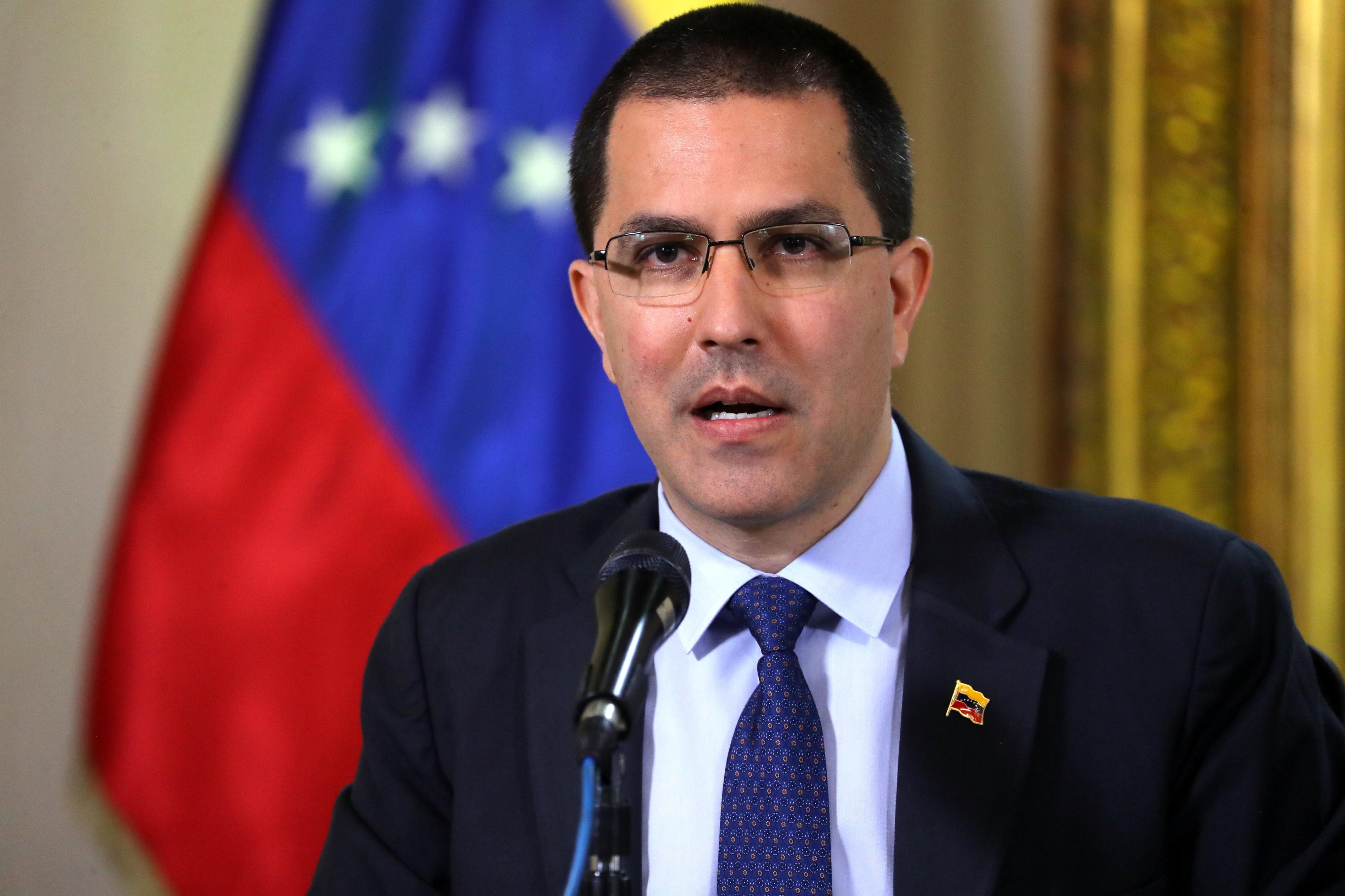 MNE venezuelano desmente ligação do exército com assassínio de indígenas