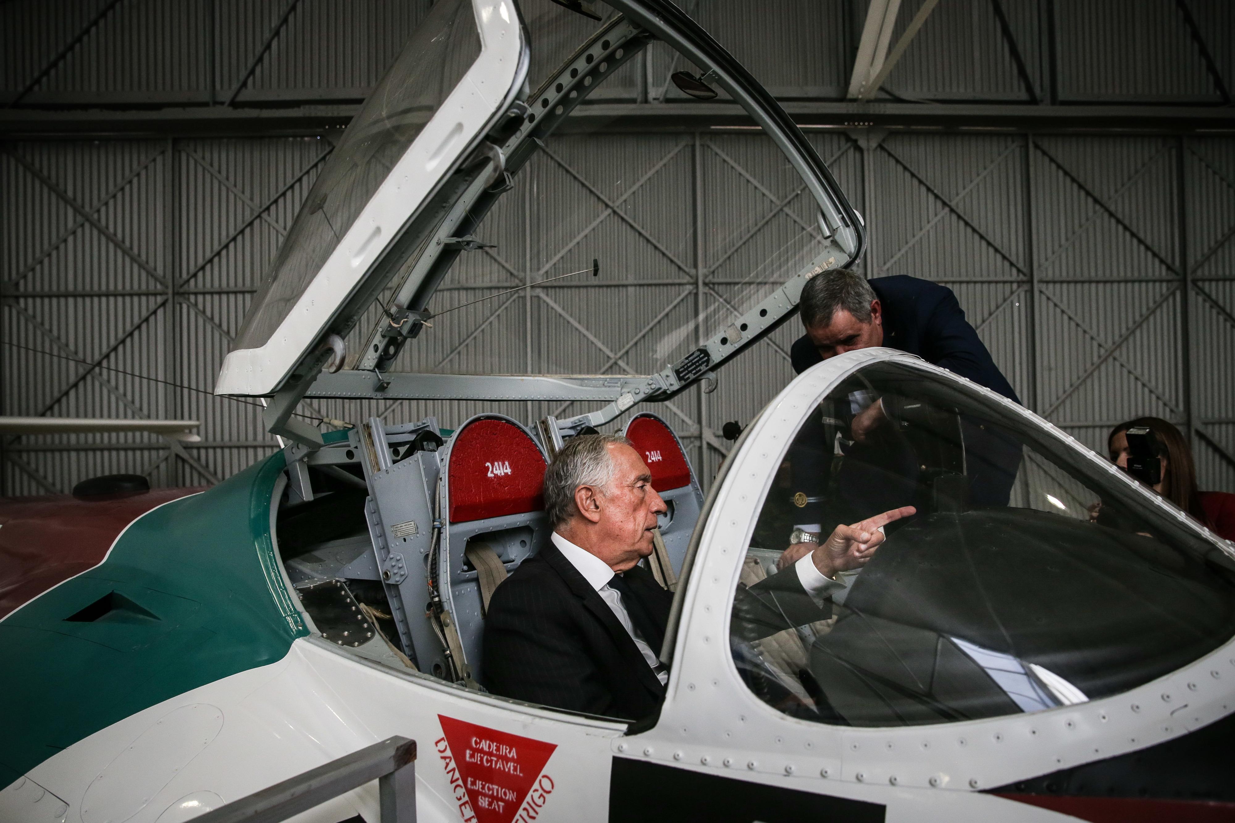 """afirma que Museu do Ar é prova da """"pujança e da maturidade"""" da Força Aérea"""