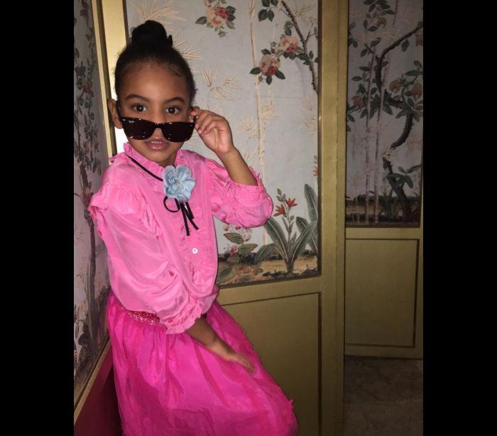 Filha de Beyoncé e o seu estilo cor-de-rosa
