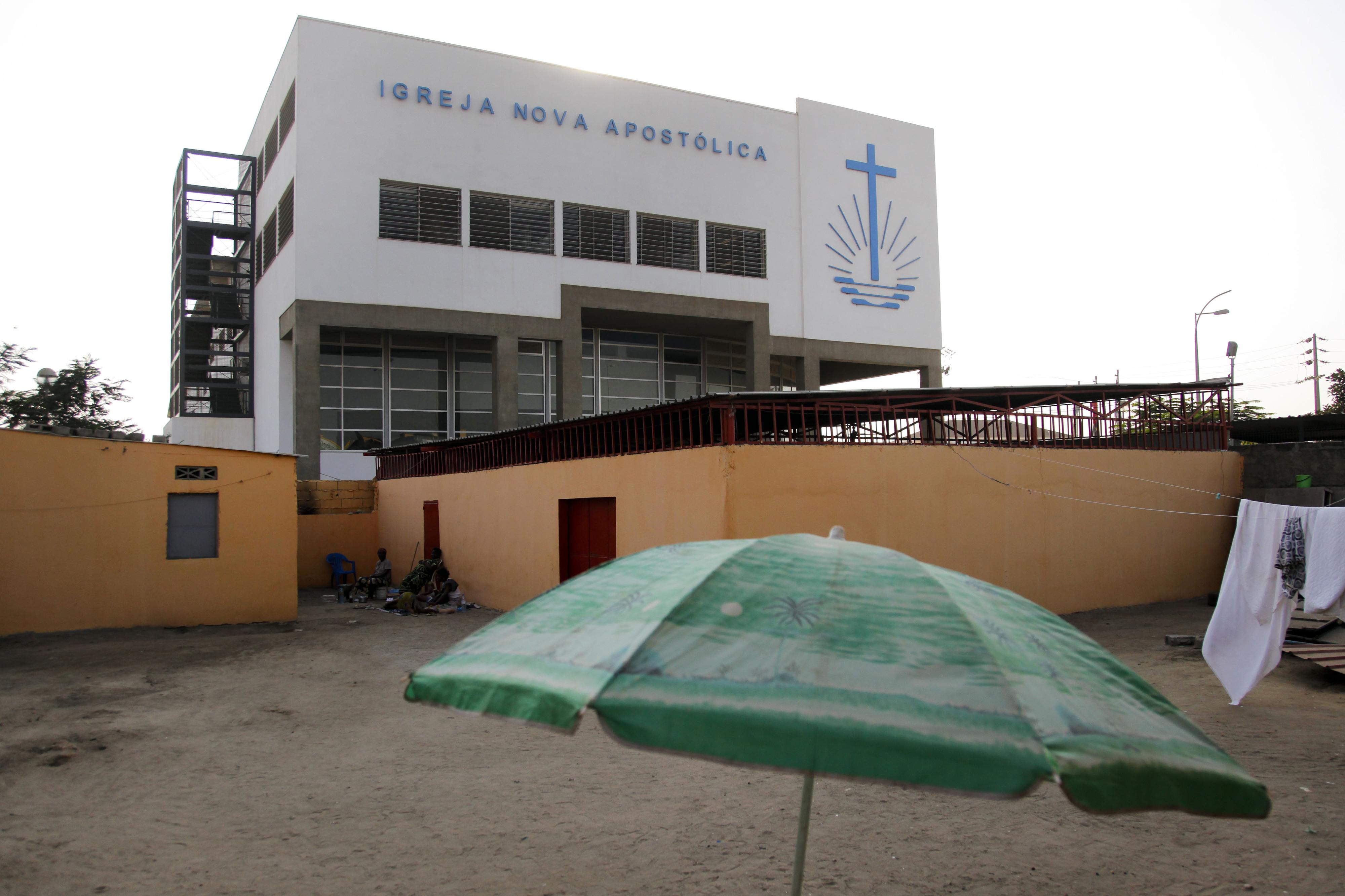 Angola tem 1.200 igrejas ilegais a exercer, entre elas a islâmica
