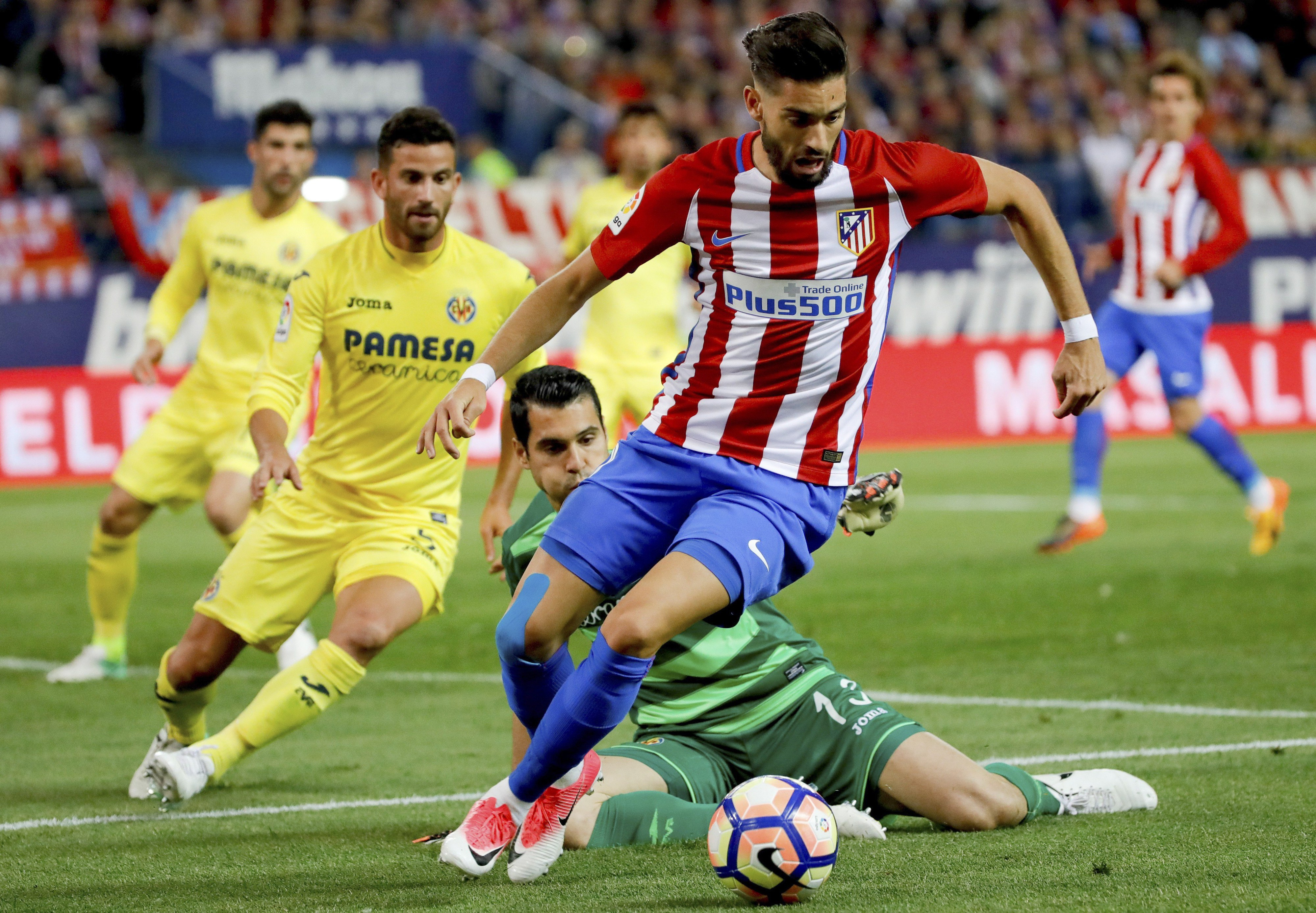 Atlético Madrid perde em casa e pode ser apanhado pelo Sevilha
