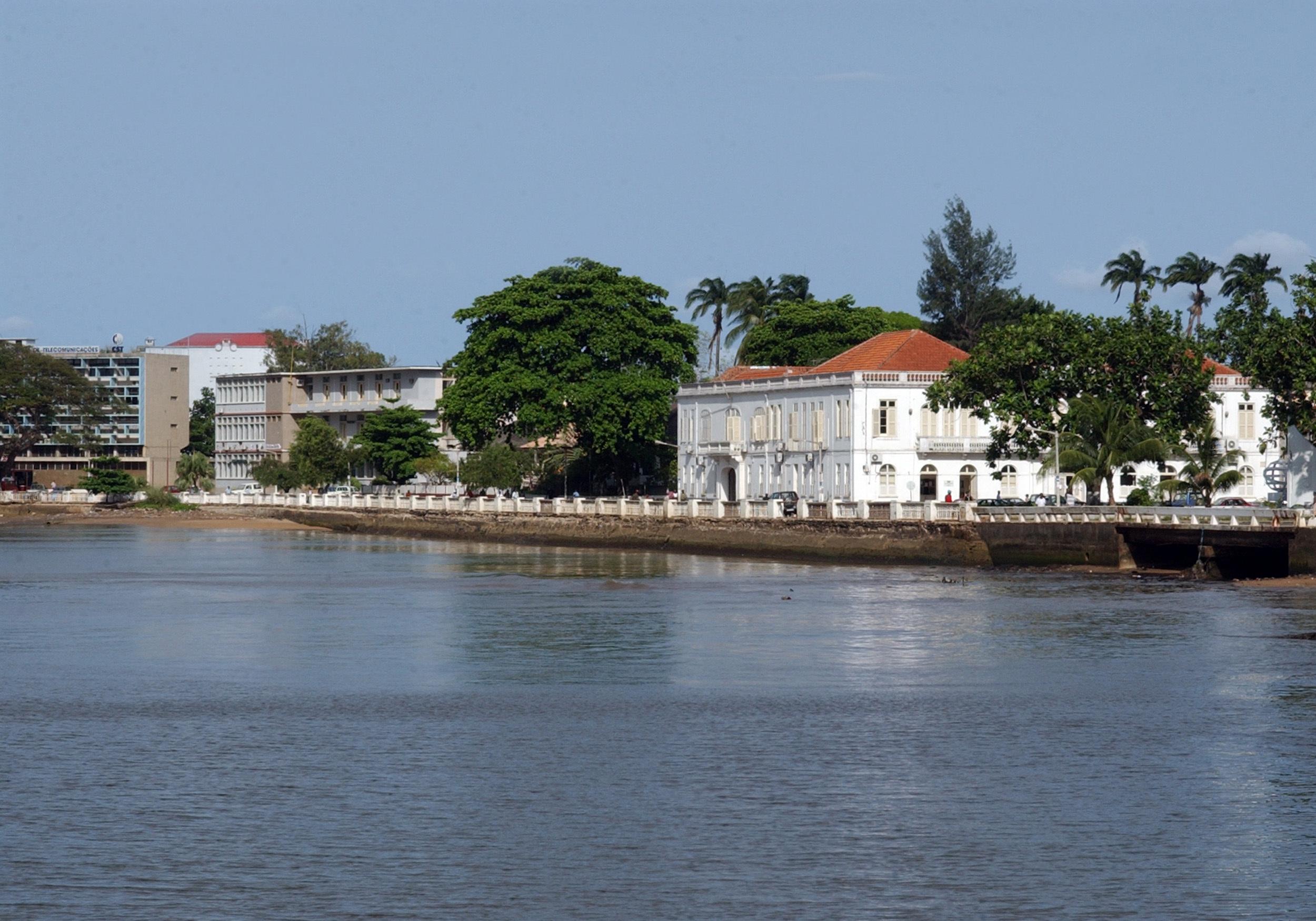 FMI avisa que São Tomé e Príncipe está em risco de endividamento