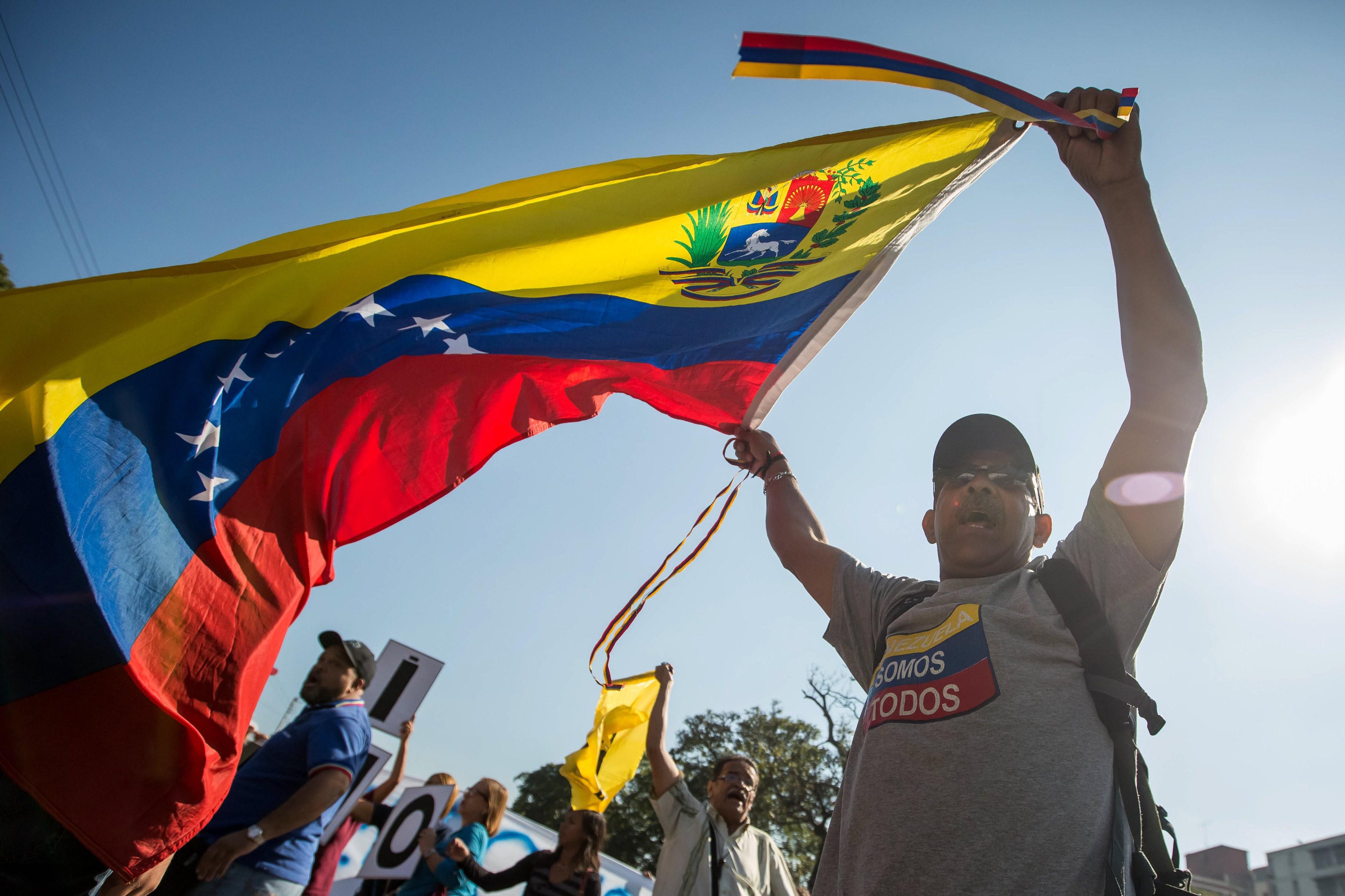 Brasil e mais 13 países pedem libertação de presos políticos e eleições na Venezuela