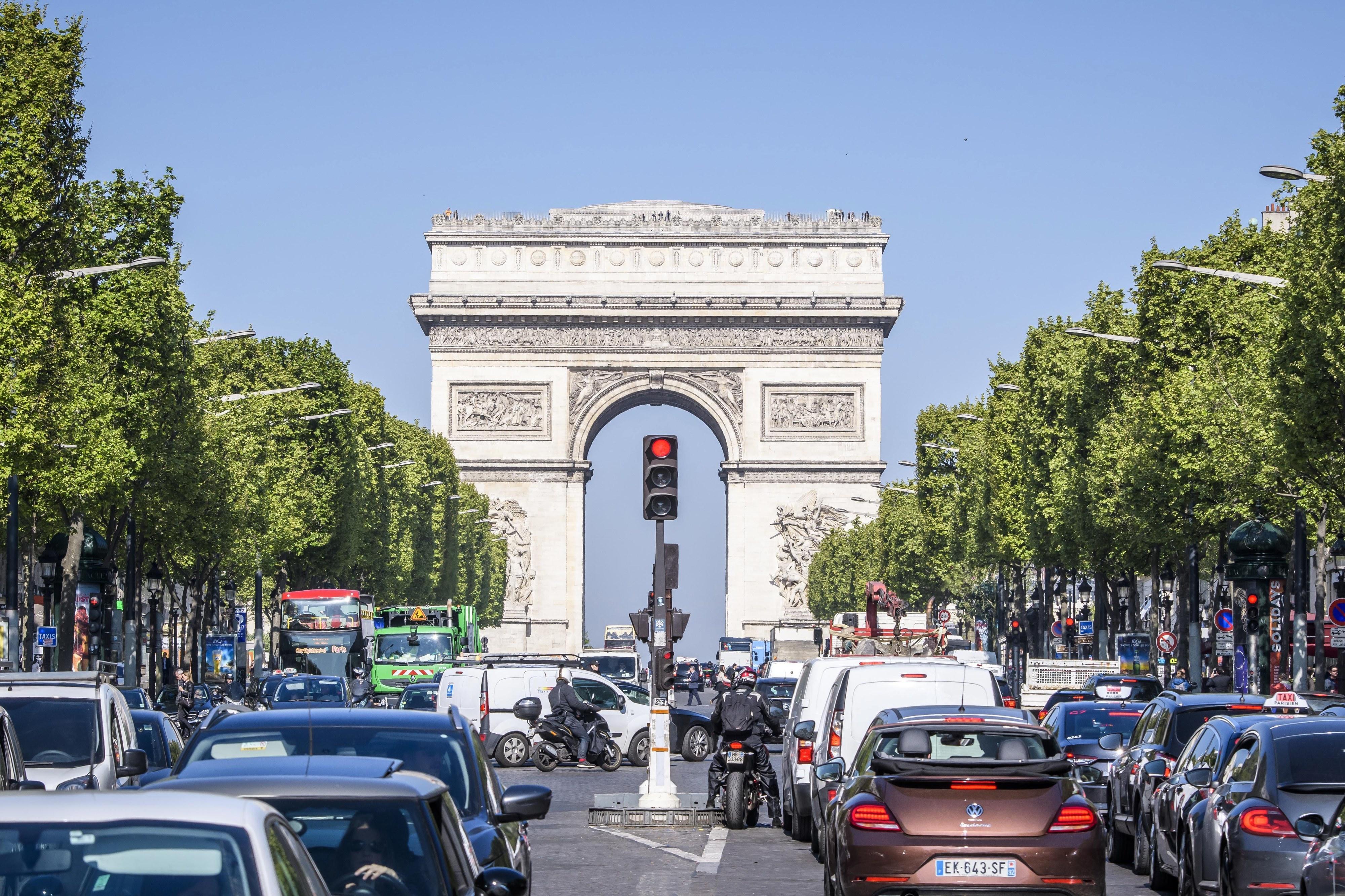Ocorrências racistas e xenófobas aumentaram 130% em França