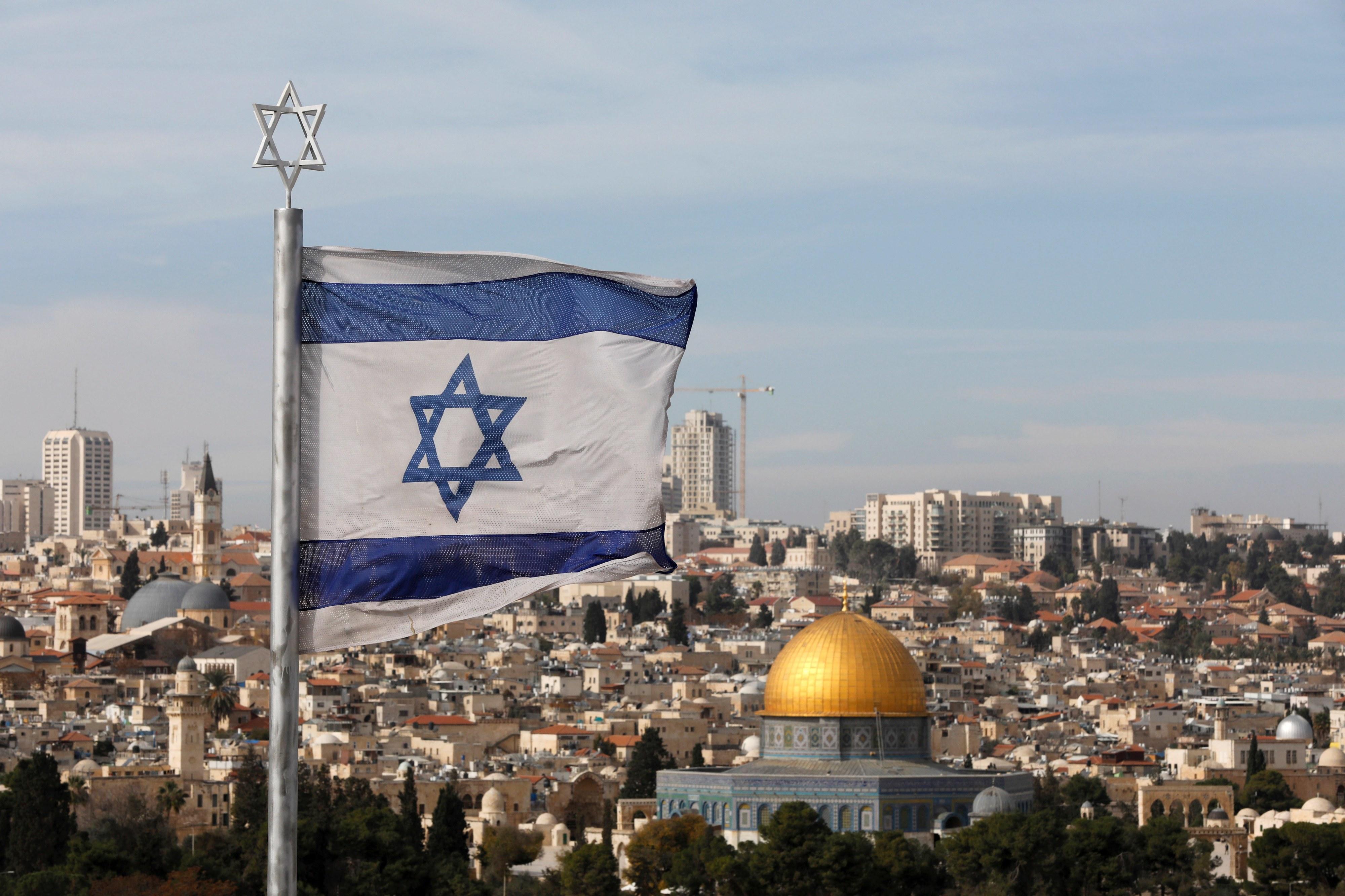 Israel anula plano de expulsão de parte dos 42.000 migrantes africanos