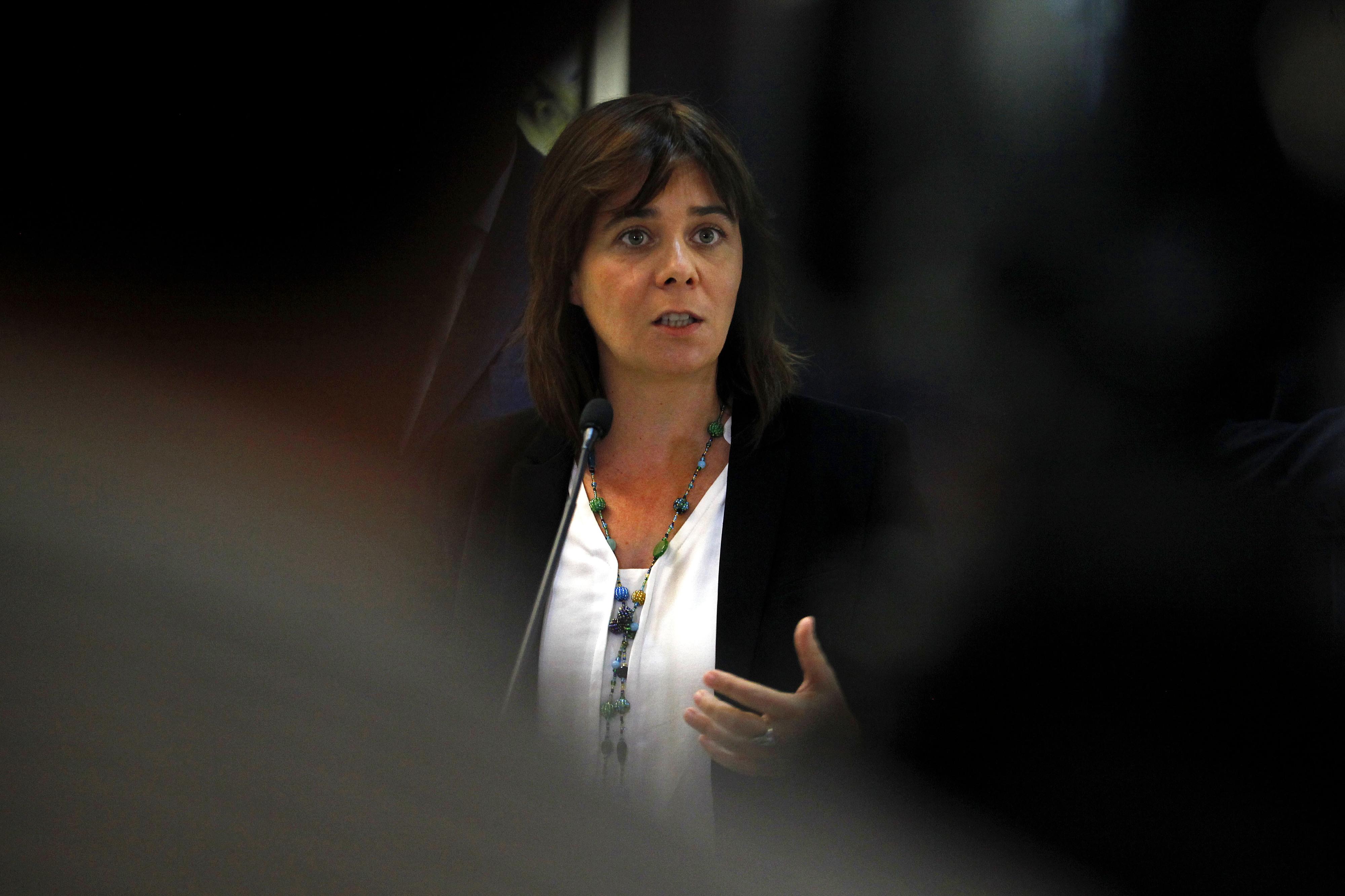 É preciso contratar mais profissionais de Saúde, avisa Catarina Martins