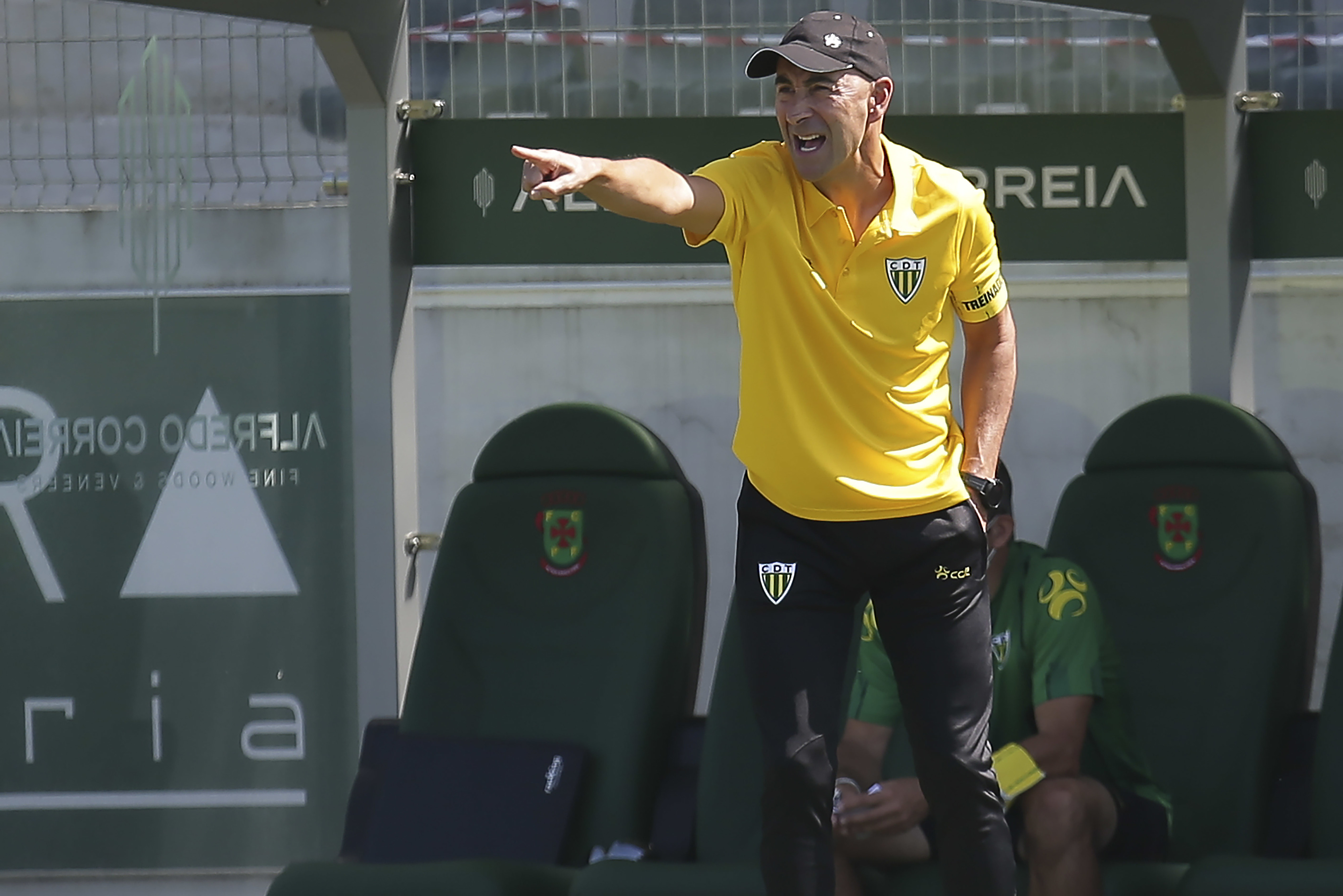 """Treinador de Tondela admite """"jogo difícil"""" em casa do Arouca"""
