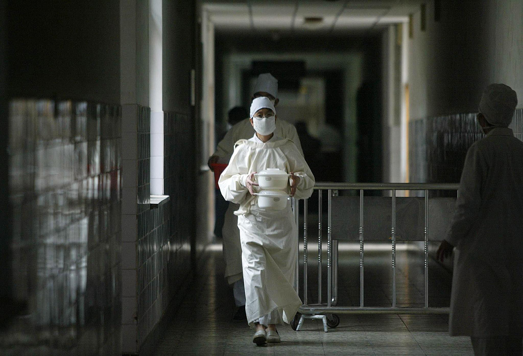 Mais quatro casos detetados de novo tipo de pneumonia na China