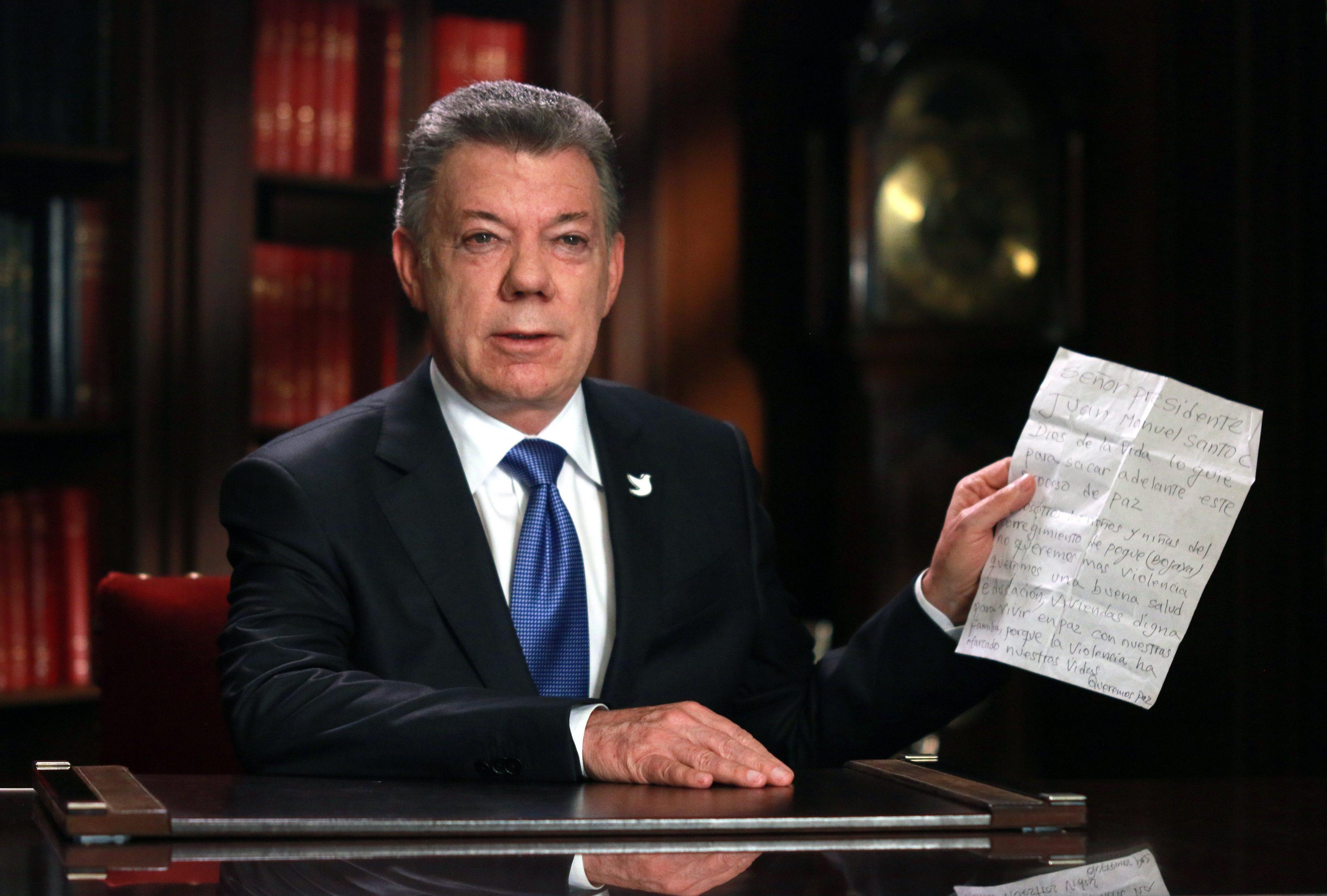 Presidente da Colômbia admite convocar outro plebiscito