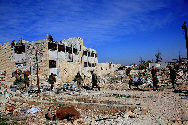 Perto de 100 civis entre os 500 mortos na ofensiva do regime sírio em Alepo