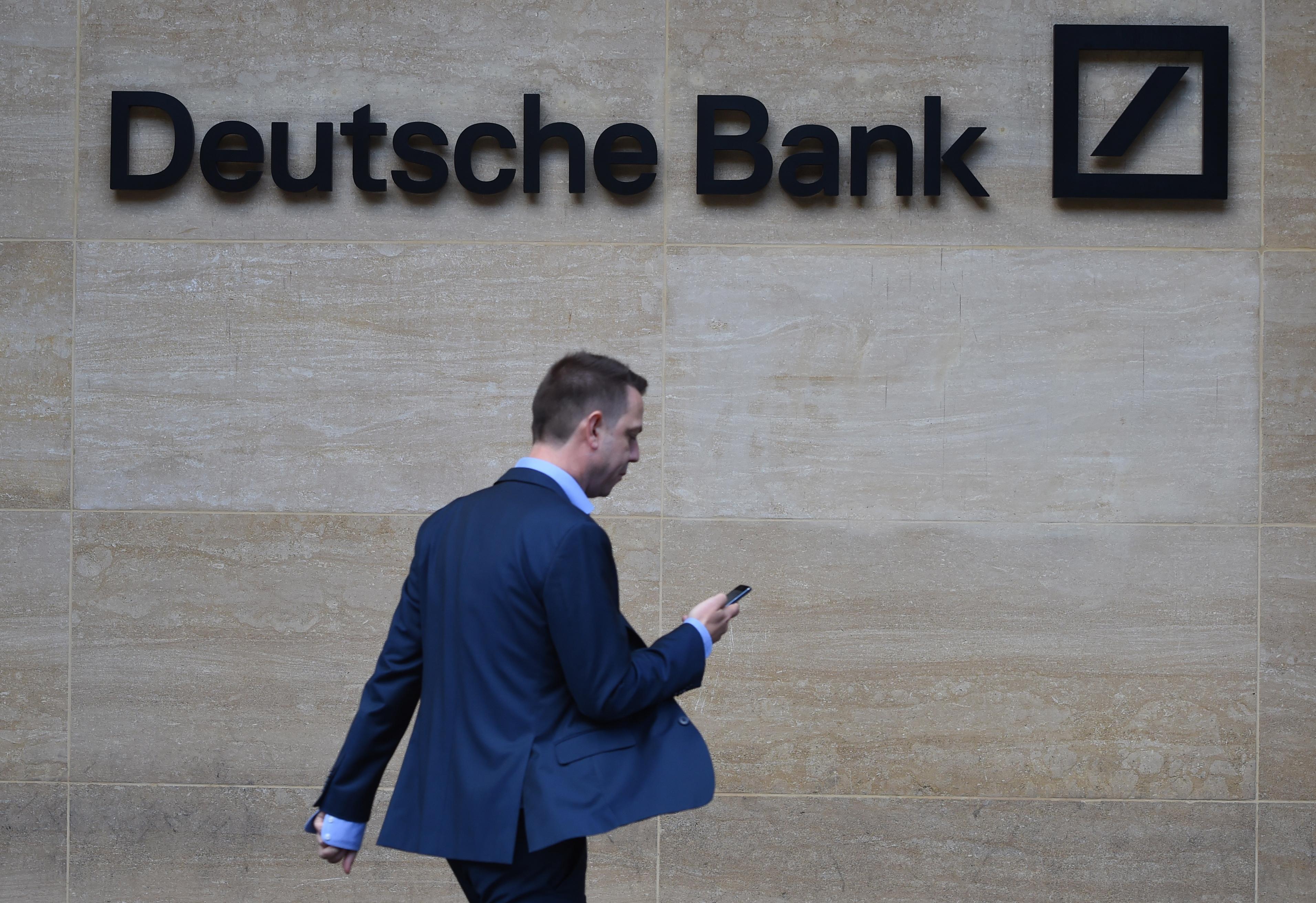 Bancos alemães Deutsche Bank e Commerzbank abandonam tentativa de fusão