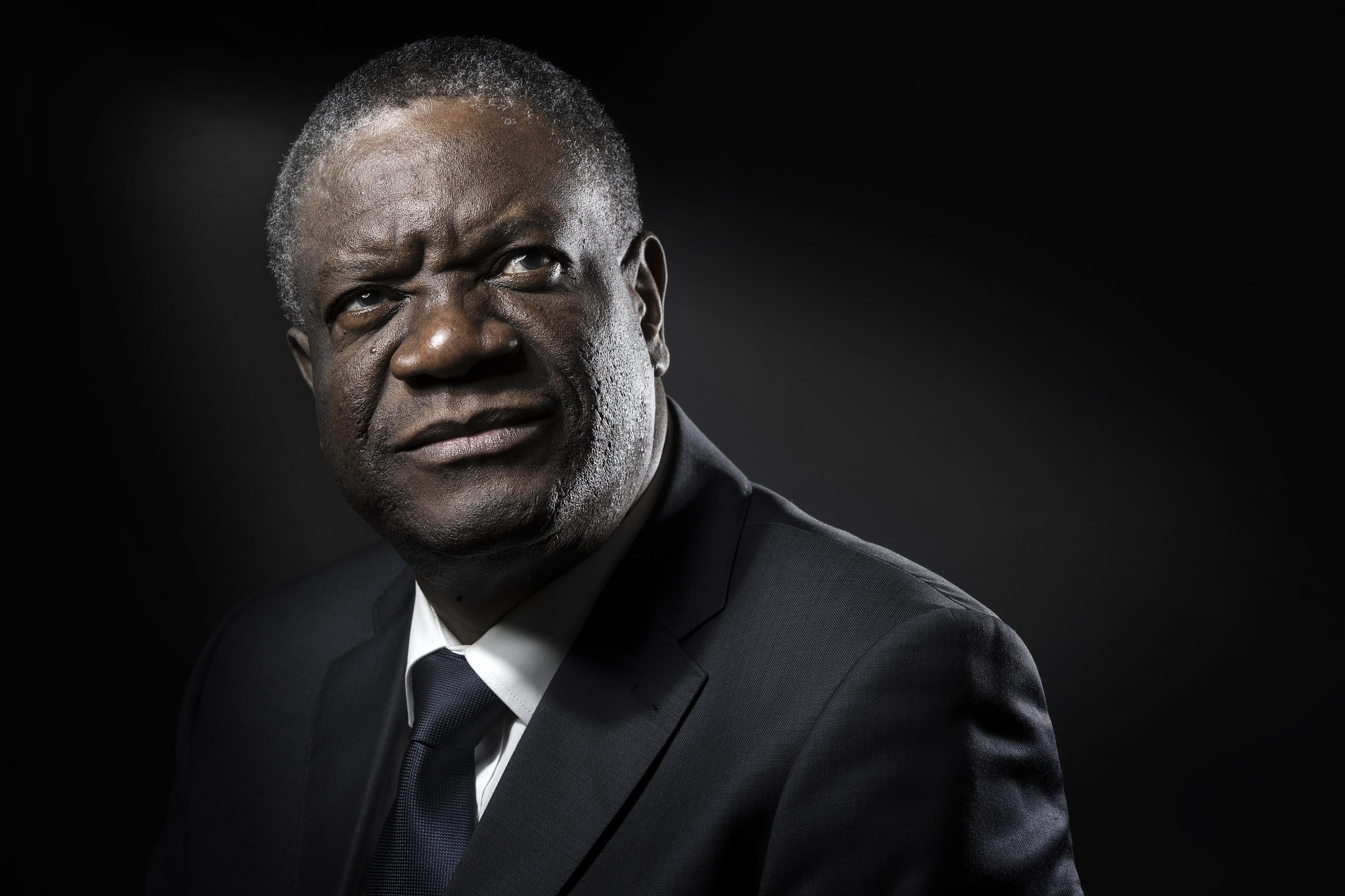 Violações em massa e tiros nos genitais. Médico congolês denuncia a violação como arma de guerra