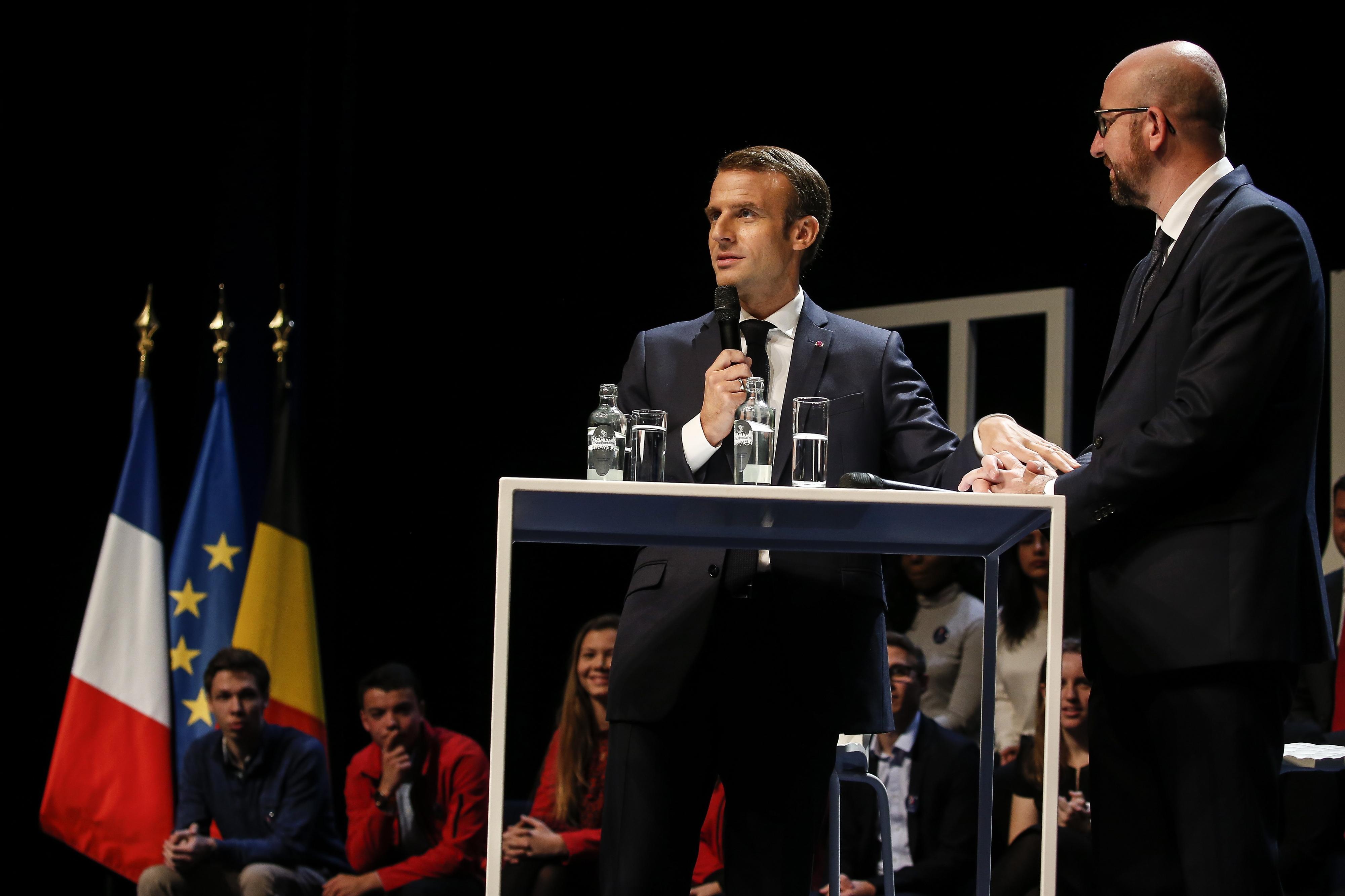 """Macron admite aplicar """"severidade"""" contra violência nos protestos dos """"coletes amarelos"""""""
