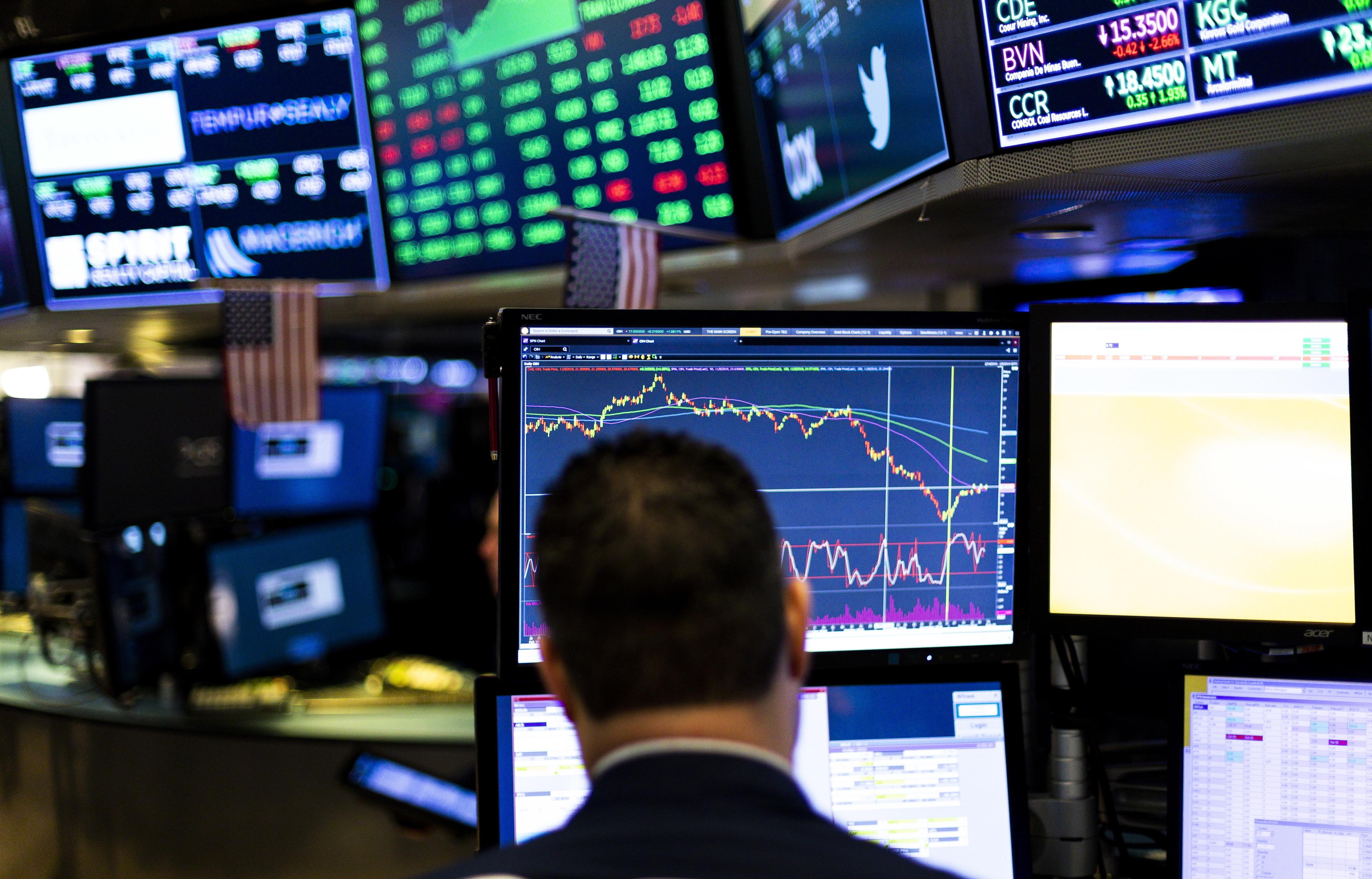 Wall Street fecha em alta com investidores esperançados em acordo EUA-China