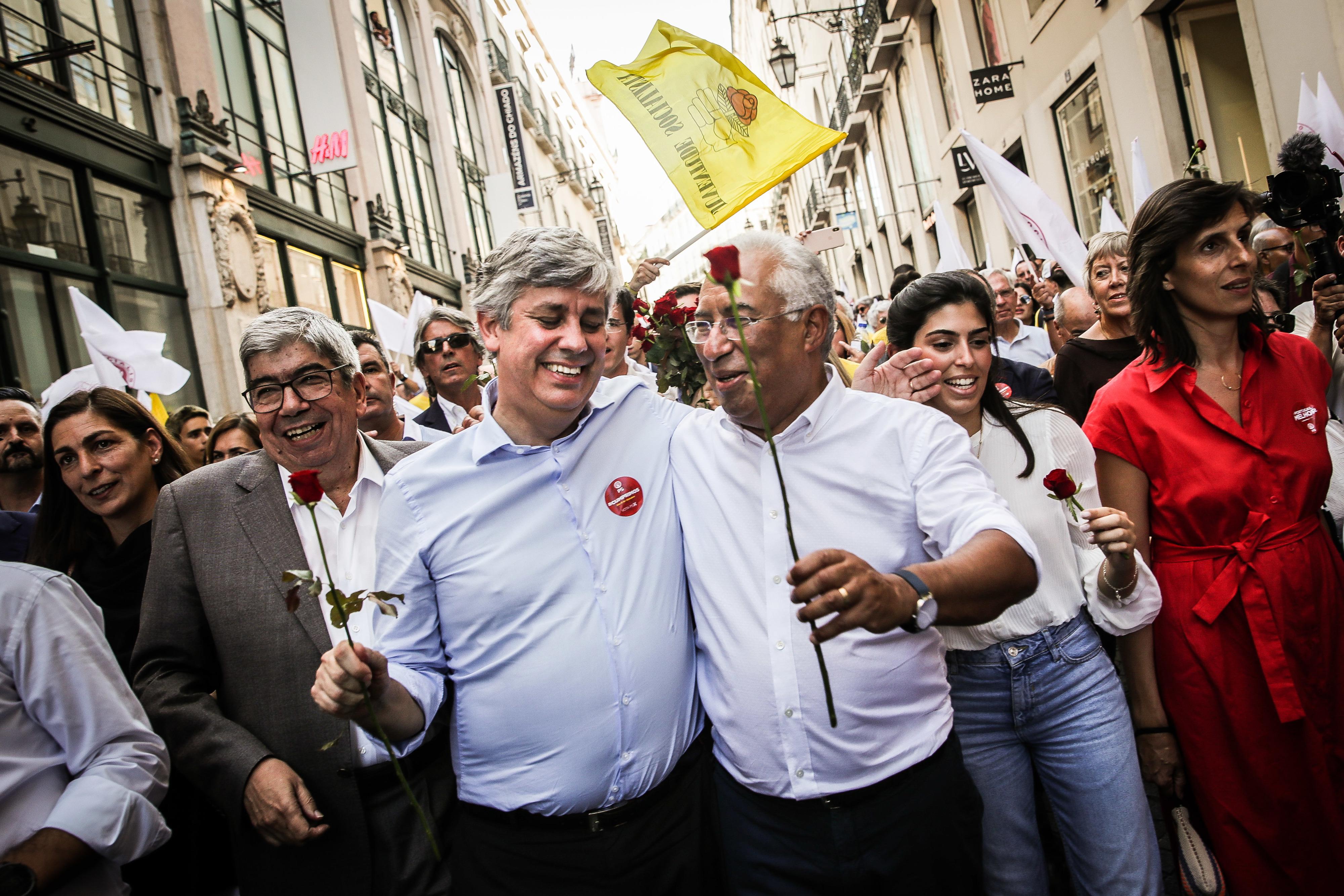 """António Costa garante não ter """"qualquer divergência"""" com Centeno"""